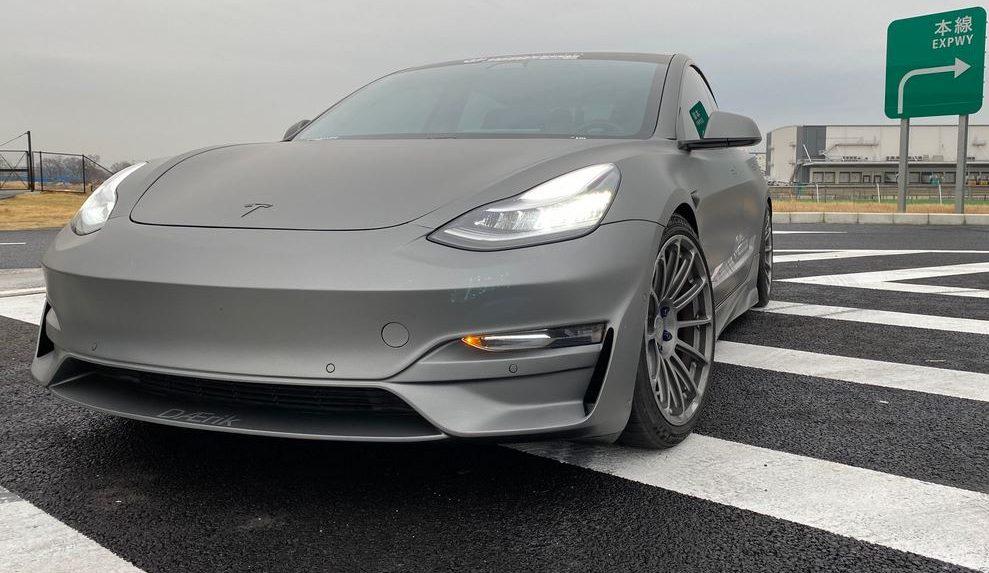 Tesla Model 3 Ascension-R 1