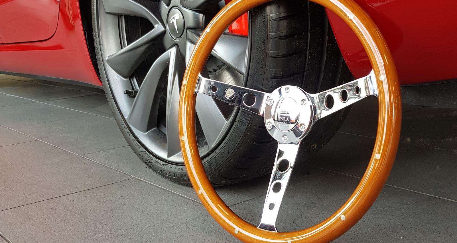 Tesla Model 3 grabs UK Car of the Year Award for 2020