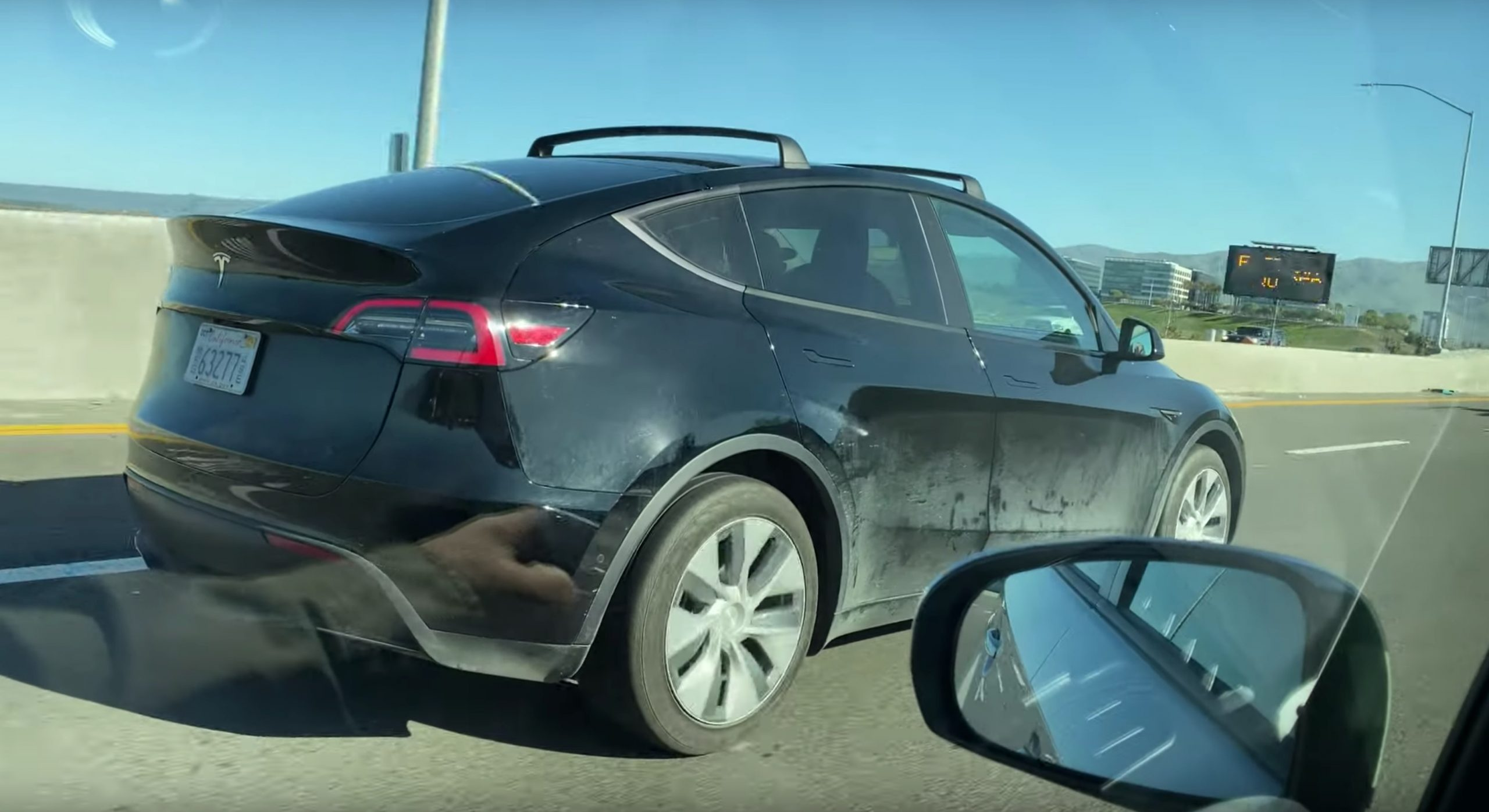 Tesla Model Y roof rack