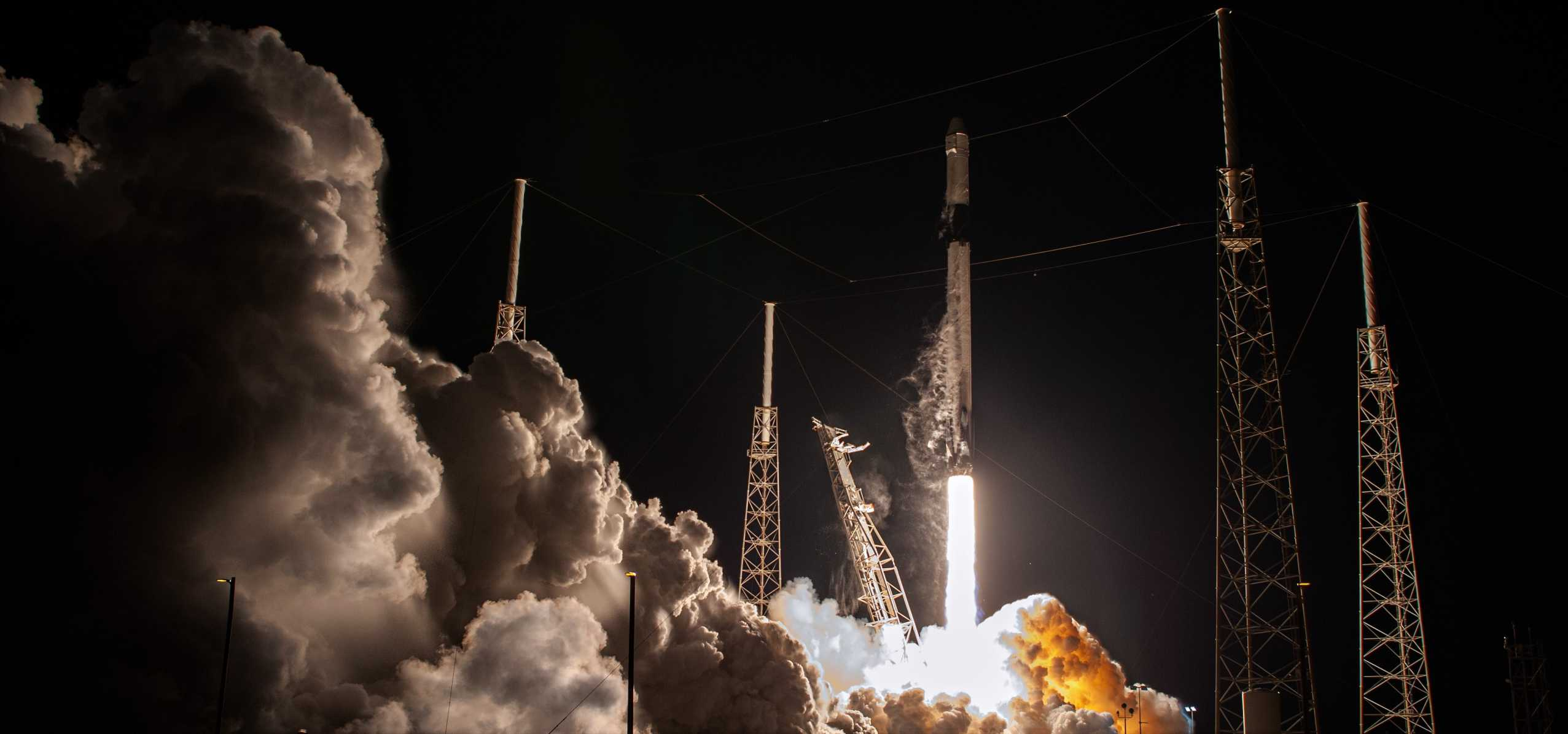 CRS-20 Dragon C112 F9 B1059 030720 (NASA) launch 2 crop 1 (c)