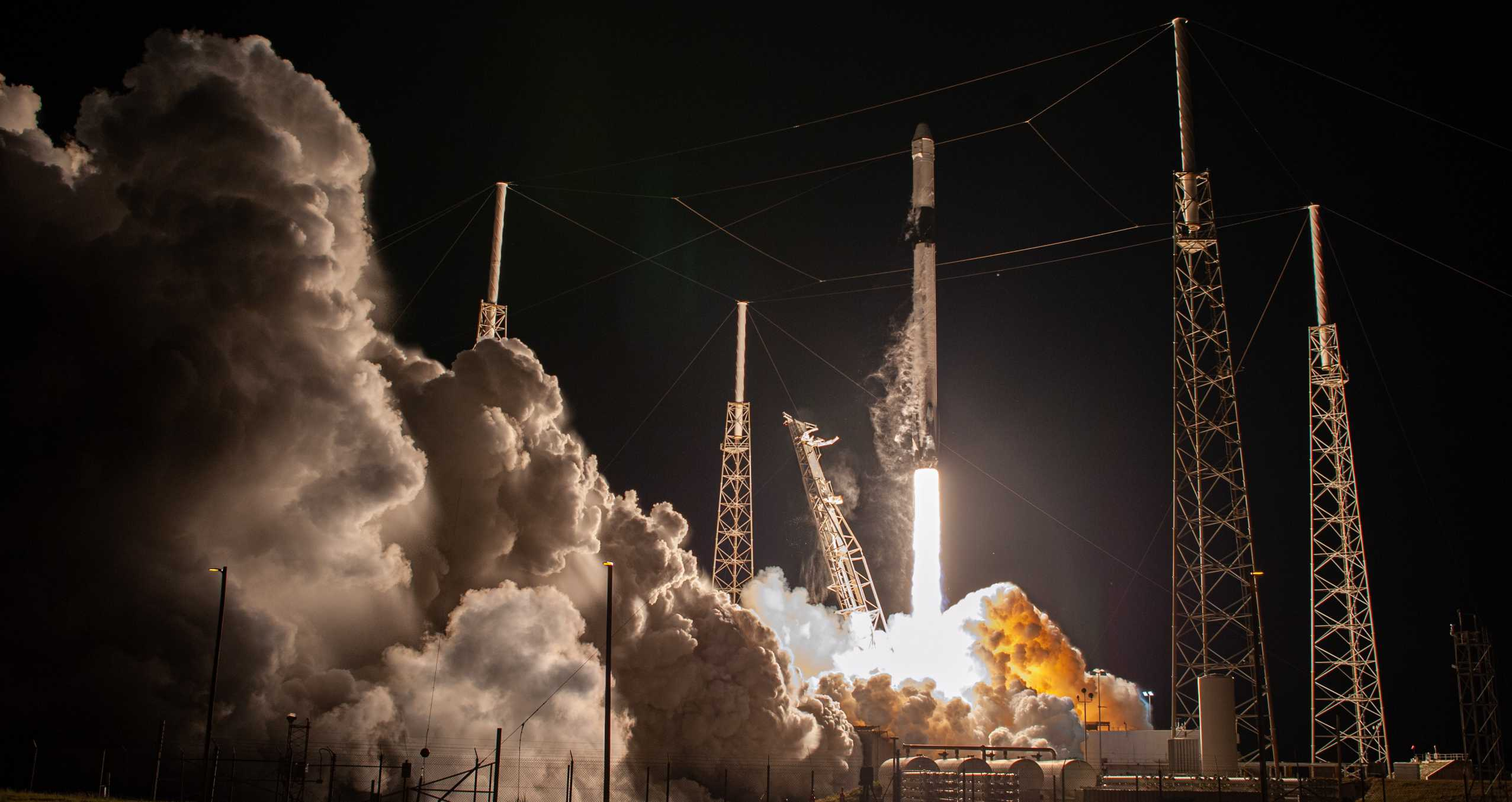 CRS-20 Dragon C112 F9 B1059 030720 (NASA) launch 2 crop (c)