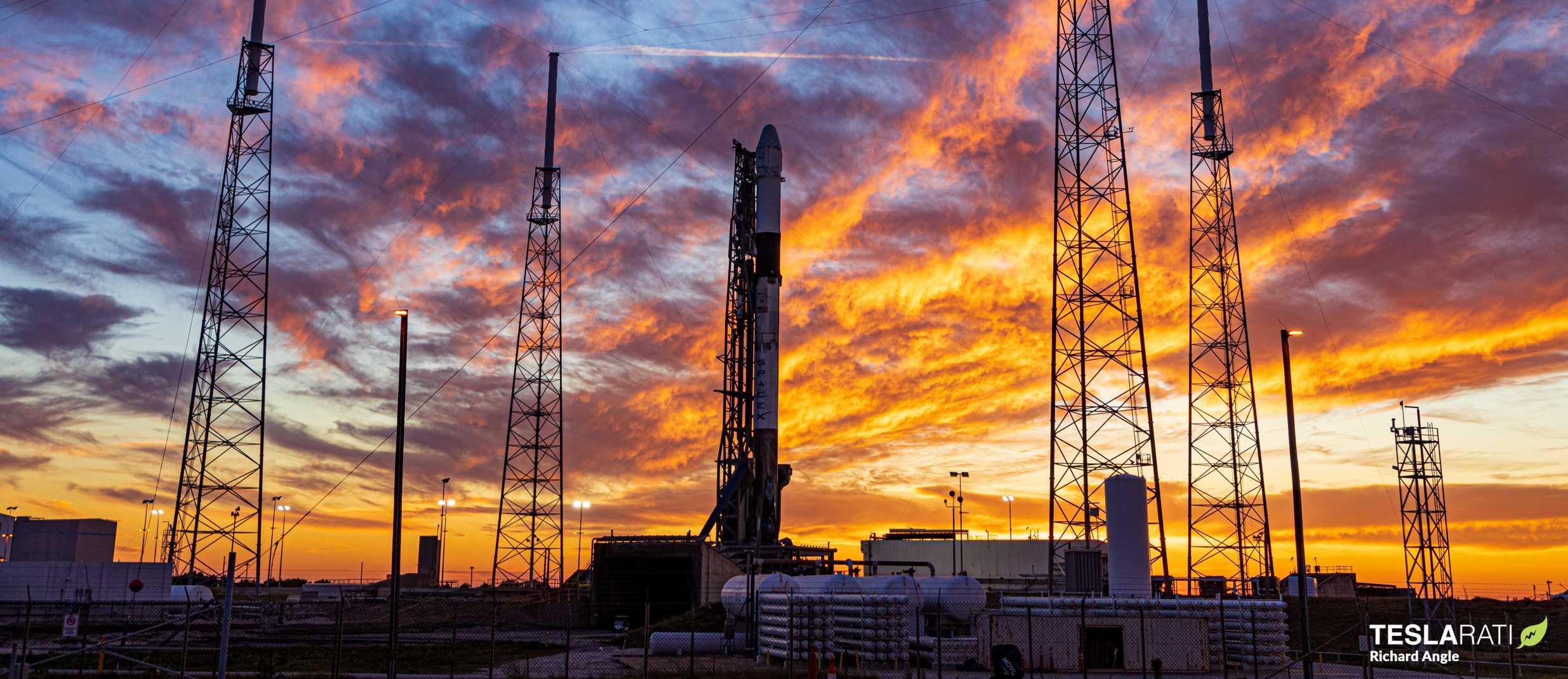 CRS-20 Dragon C112 Falcon 9 B1059 (Richard Angle) pre launch landing (7) crop (c)