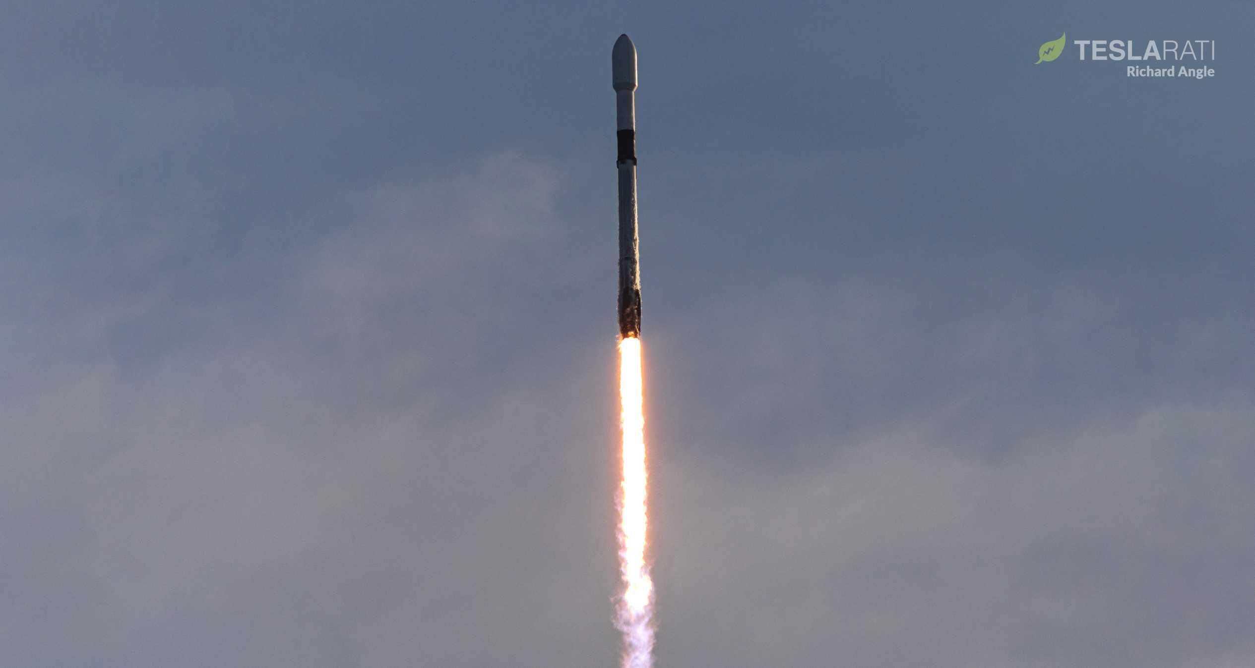 Starlink V1 L5 F9 B1048 39A 031820 (Richard Angle) launch (1) crop-1 (c)