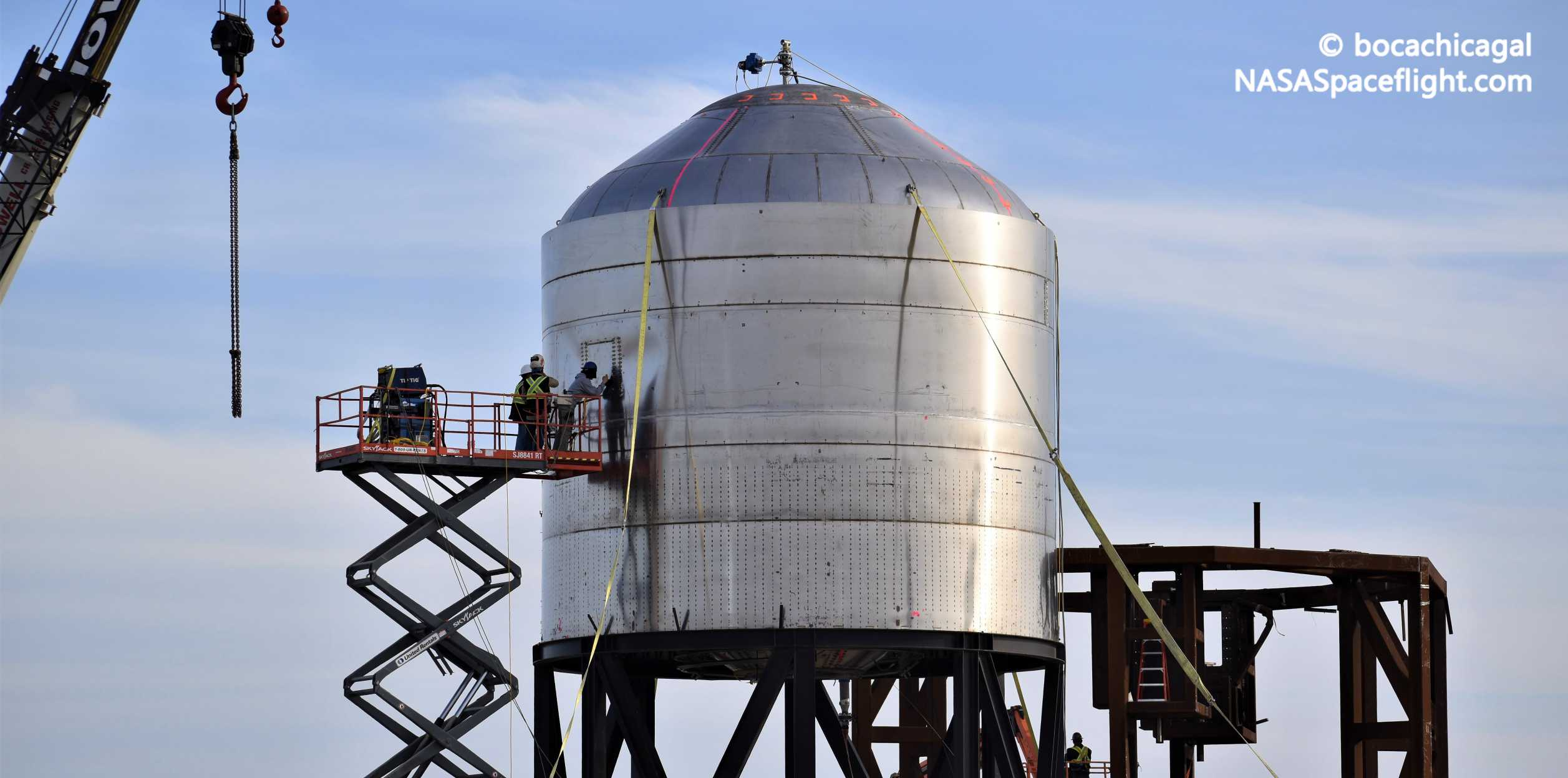 Starship Boca Chica 030620 (NASASpaceflight – bocachicagal) SN02 test tank water 1 crop (c)