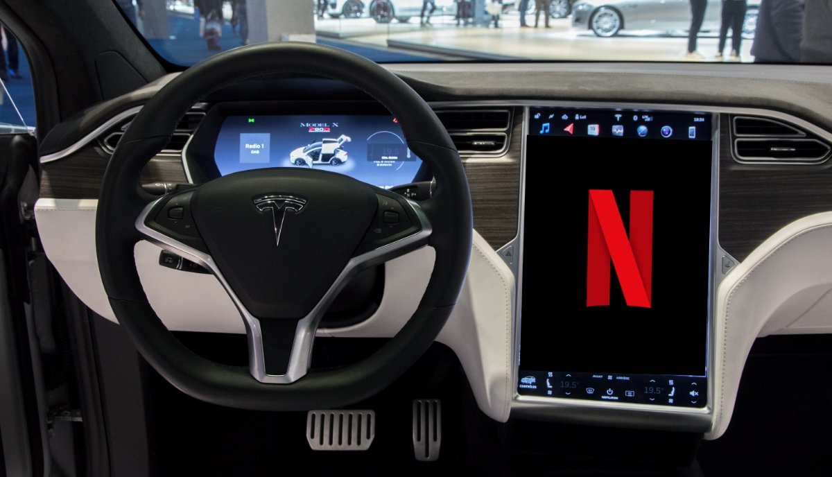 tesla-infotainment-upgrade-netlfix-touchscreen