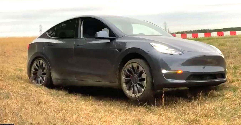 tesla-model-y-off-road-test