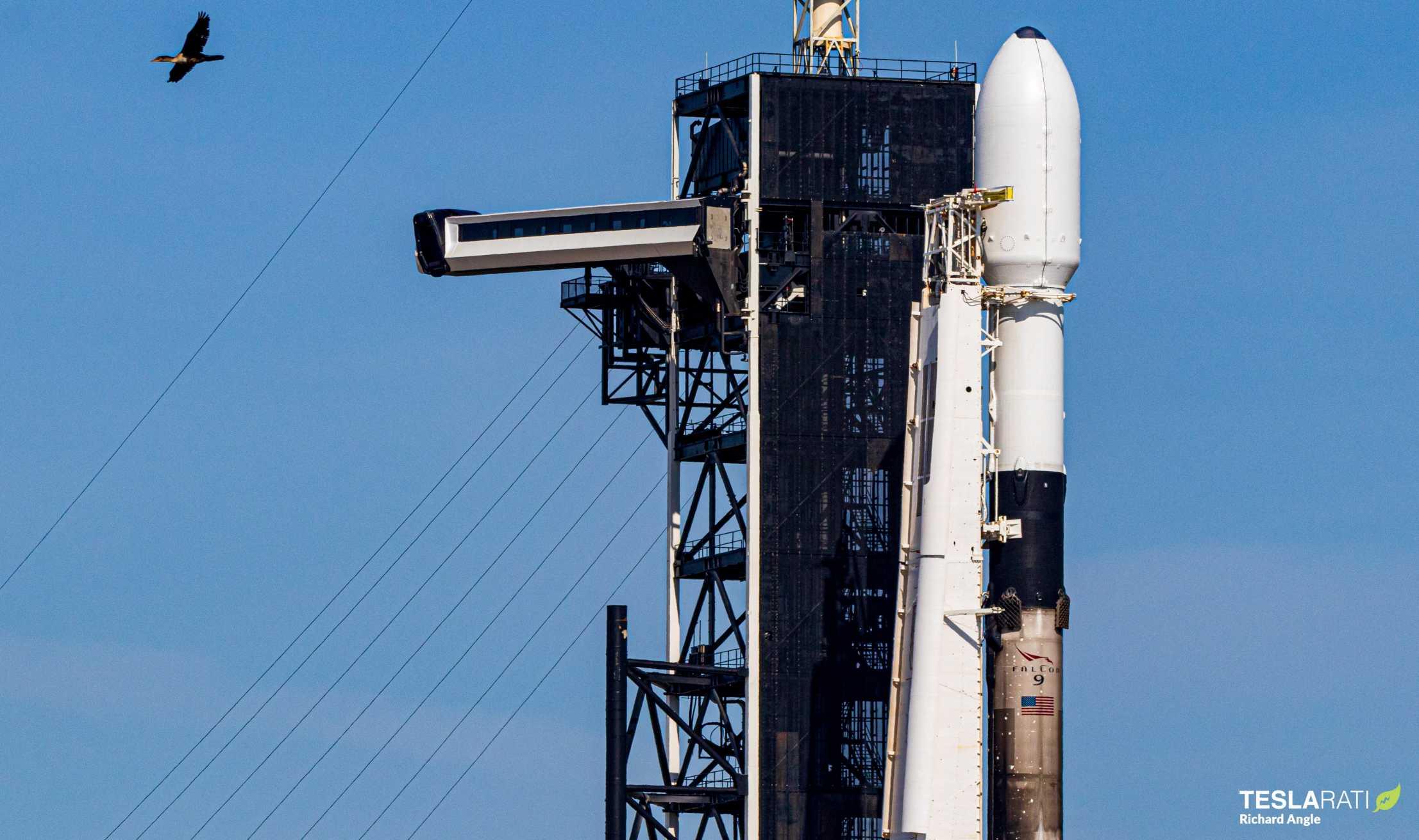 Falcon 9 Starlink 6 042120 (Richard Angle) prelaunch 1 (c)