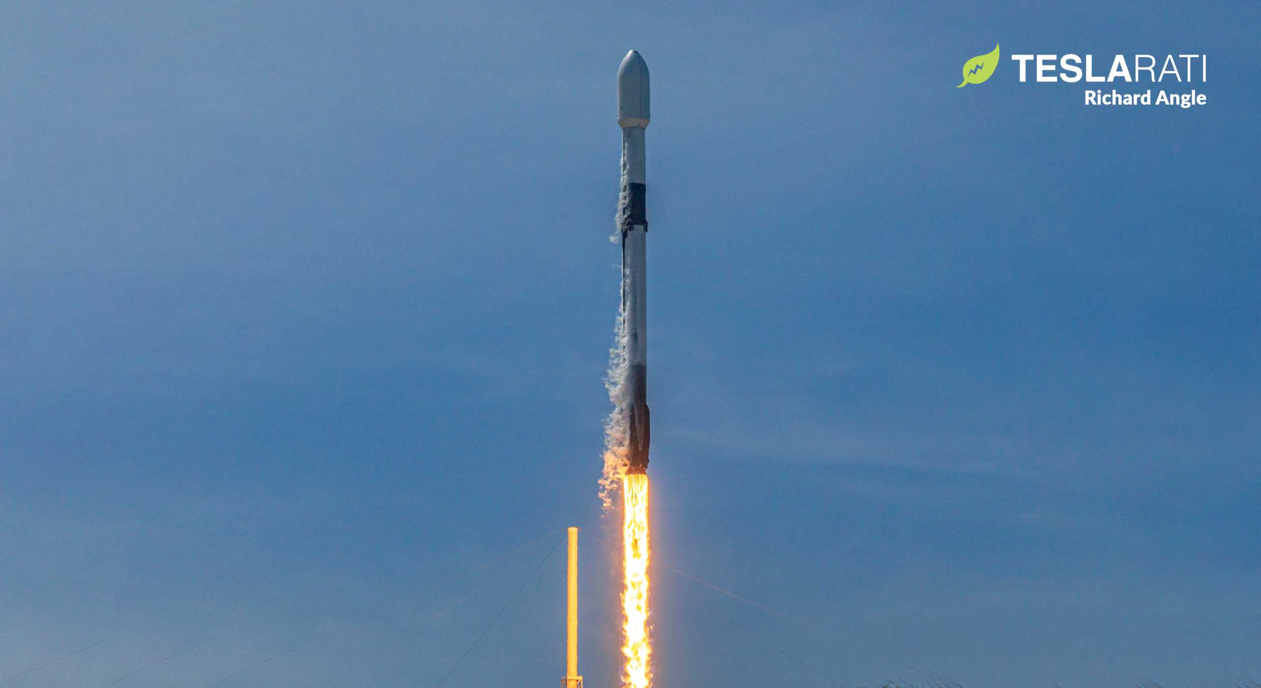 Falcon 9 Starlink 6 042220 (Richard Angle) launch 7 crop 1 (c)