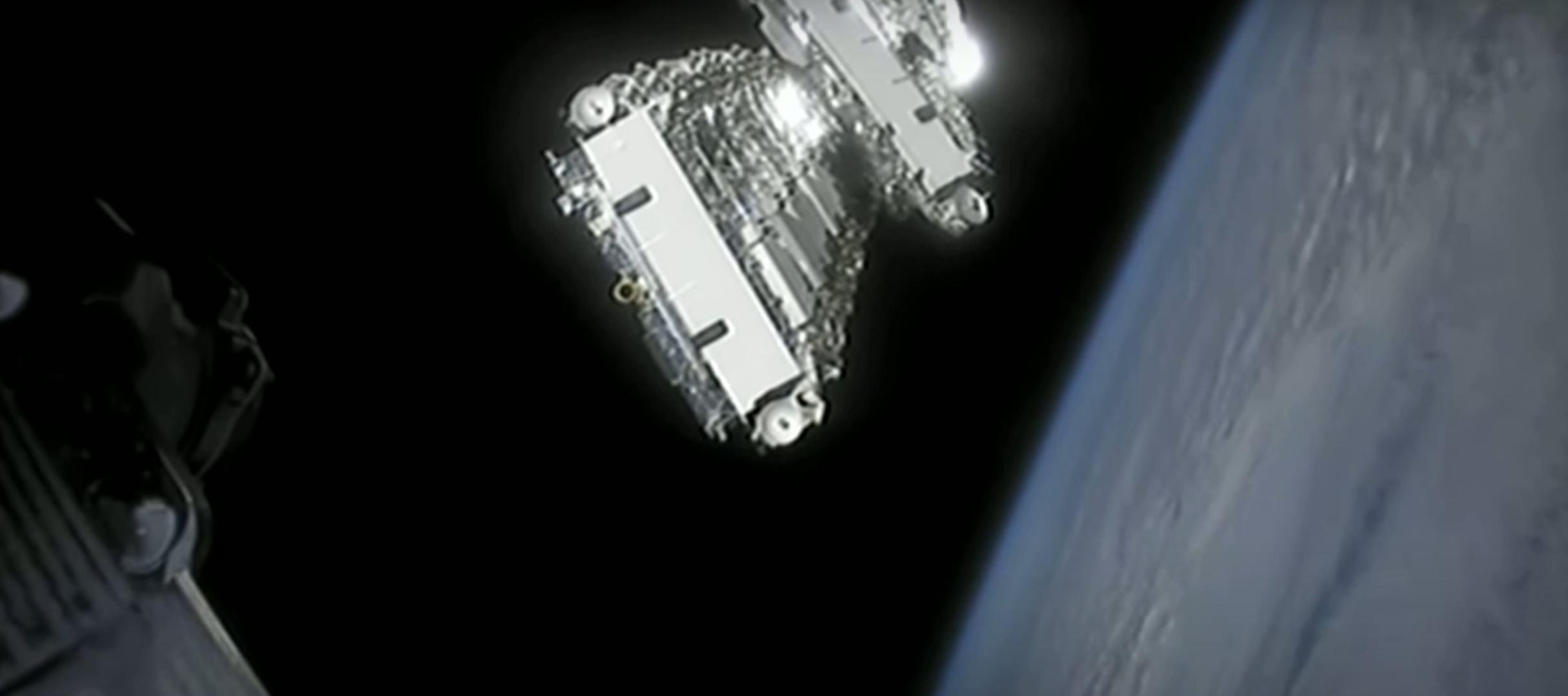 Falcon 9 Starlink 6 042220 (SpaceX) webcast 11 (c)