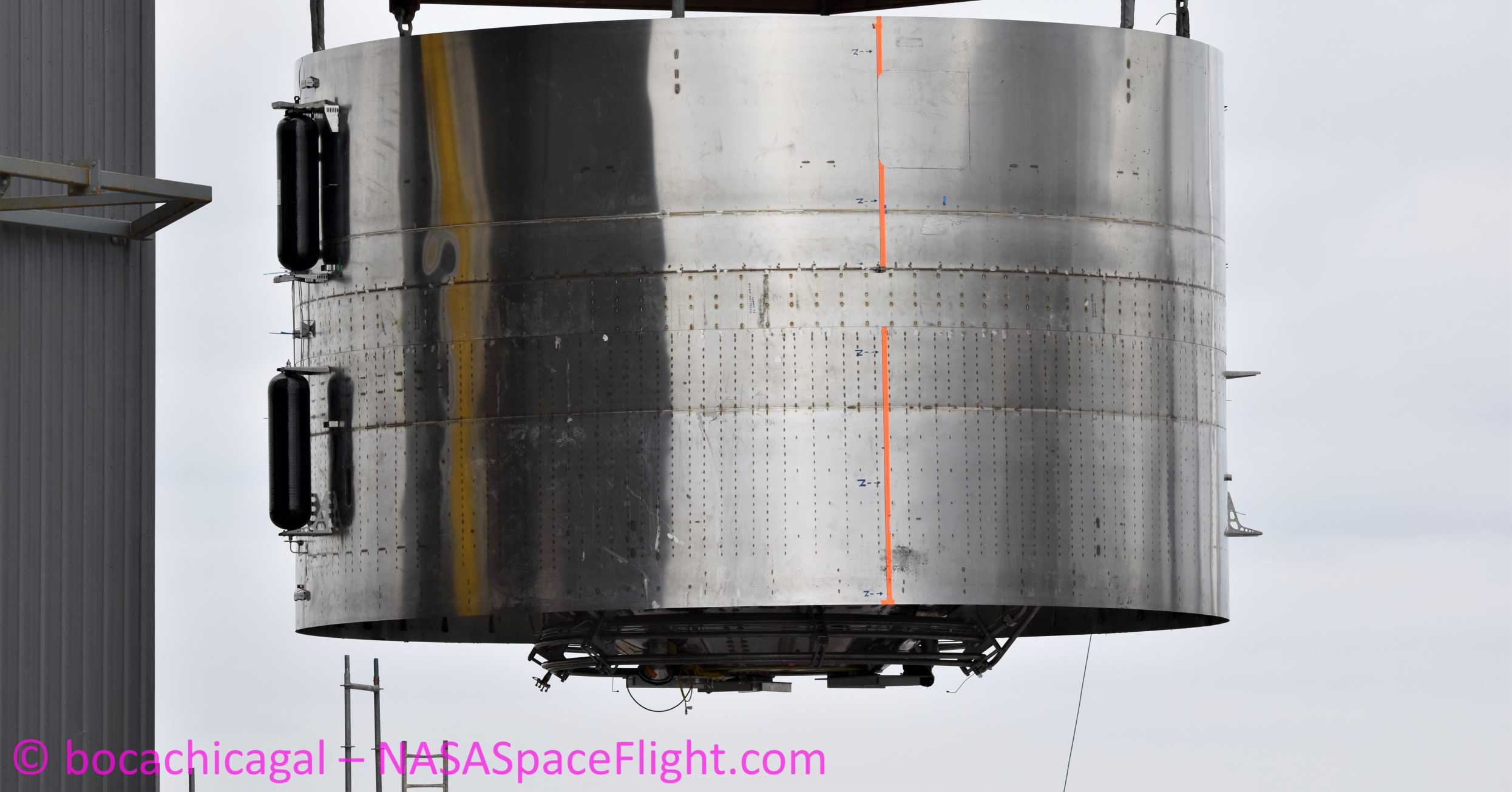 Starship Boca Chica 041520 (NASASpaceflight – bocachicagal) SN4 engine section move 8 crop (c)