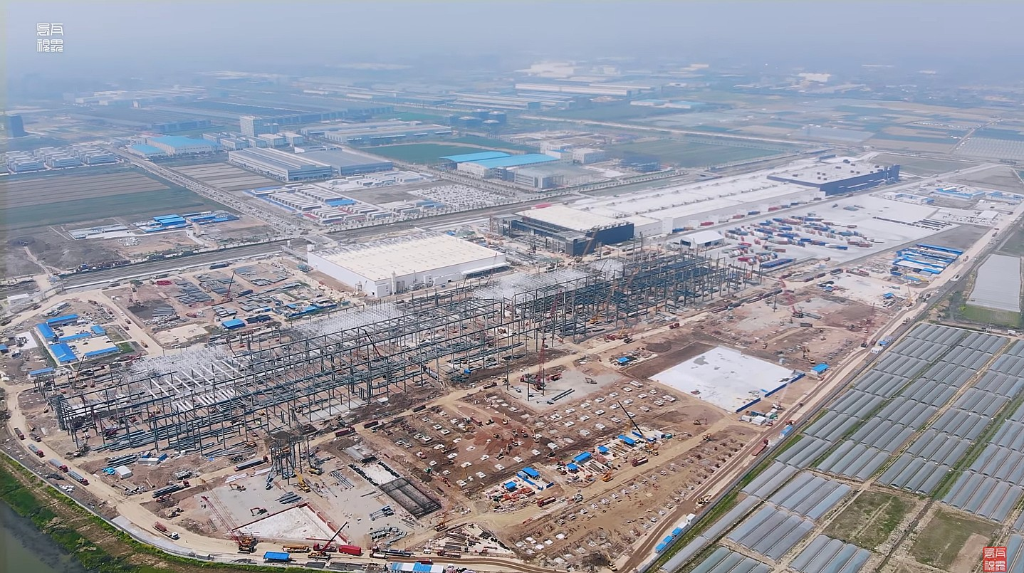 tesla-gigafactory-shanghai-complex