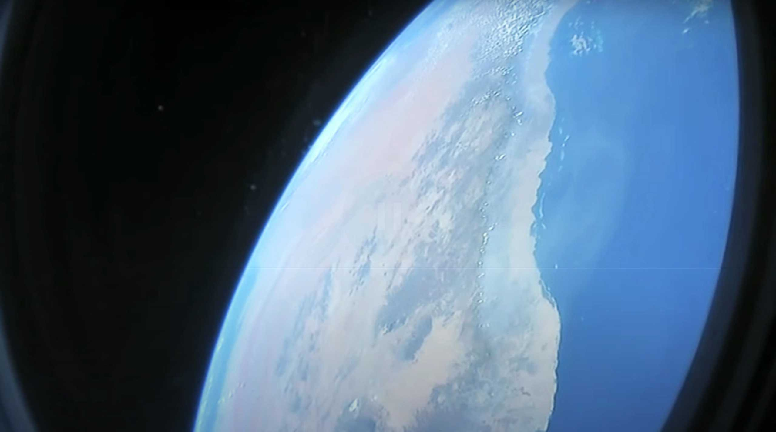Crew Dragon C206 F9 B1058 Demo-2 053120 ISS arrival webcast (SpaceX) 1 (c)