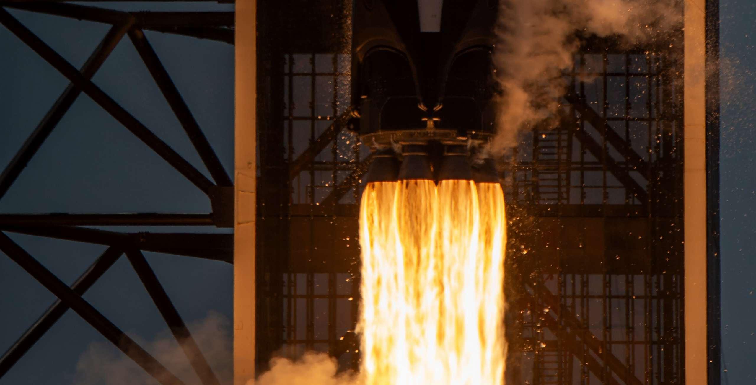Crew Dragon C206 F9 B1058 Demo-2 39A 053020 (NASA) launch 8 crop (c)