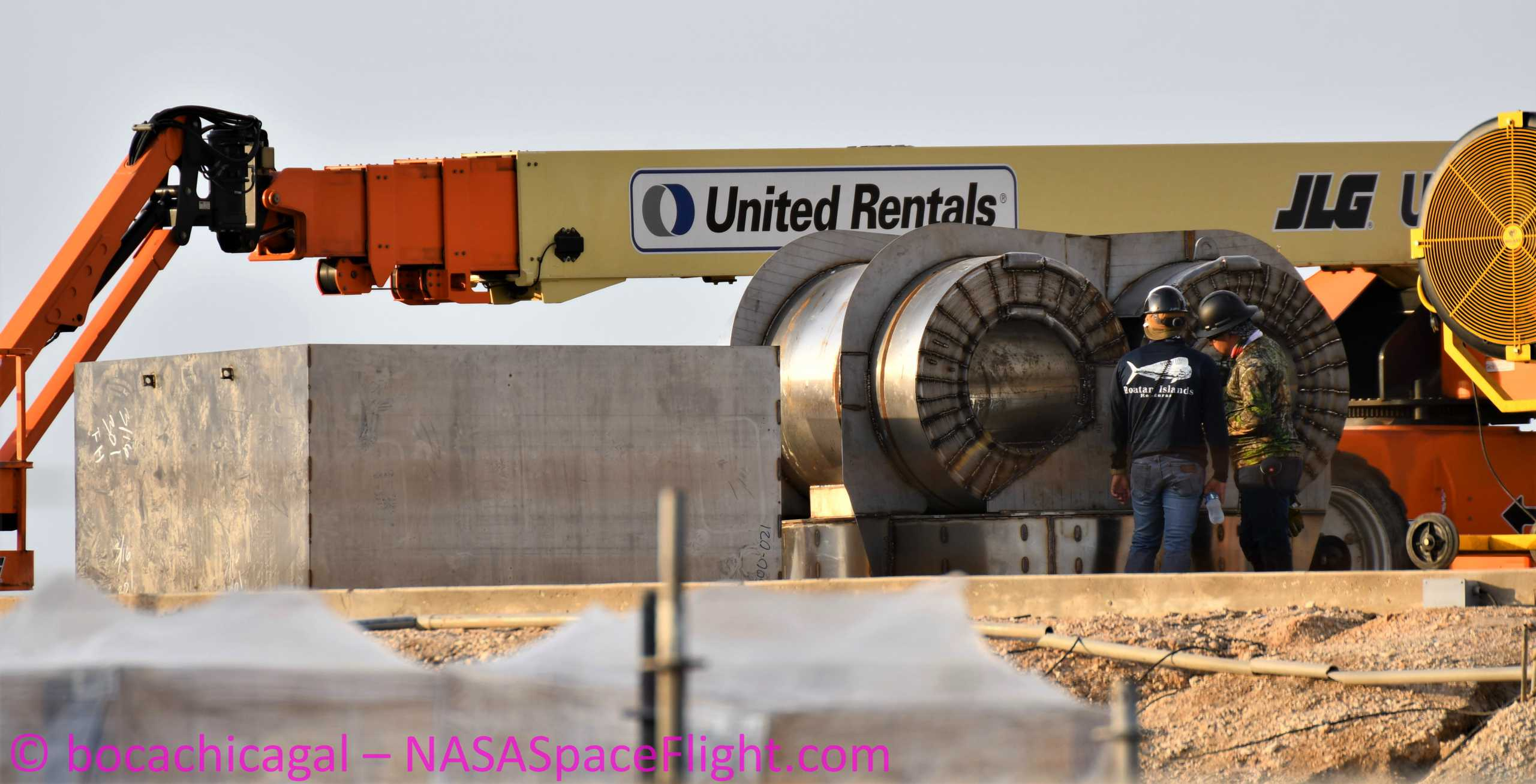 Starship Boca Chica 052420 (NASASpaceflight – bocachicagal) mystery box 1 crop(c)