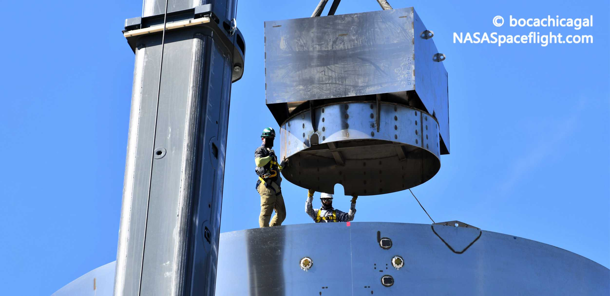 Starship Boca Chica 052720 (NASASpaceflight – bocachicagal) SN4 ballast install 6 crop(c)