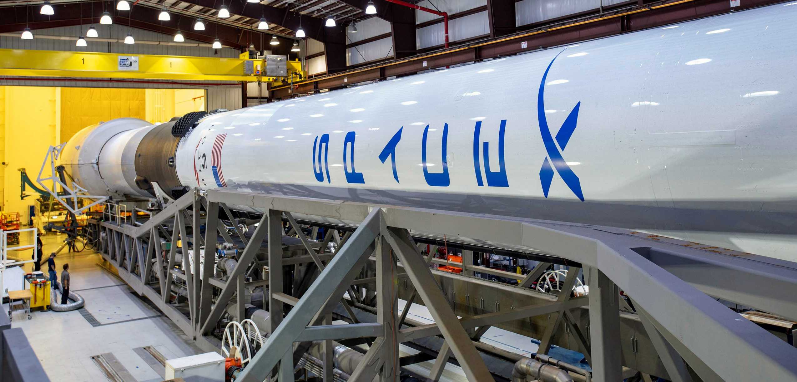 GPS III SV03 Falcon 9 B1060 LC-40 062930 (SpaceX) rollout 1 crop (c)