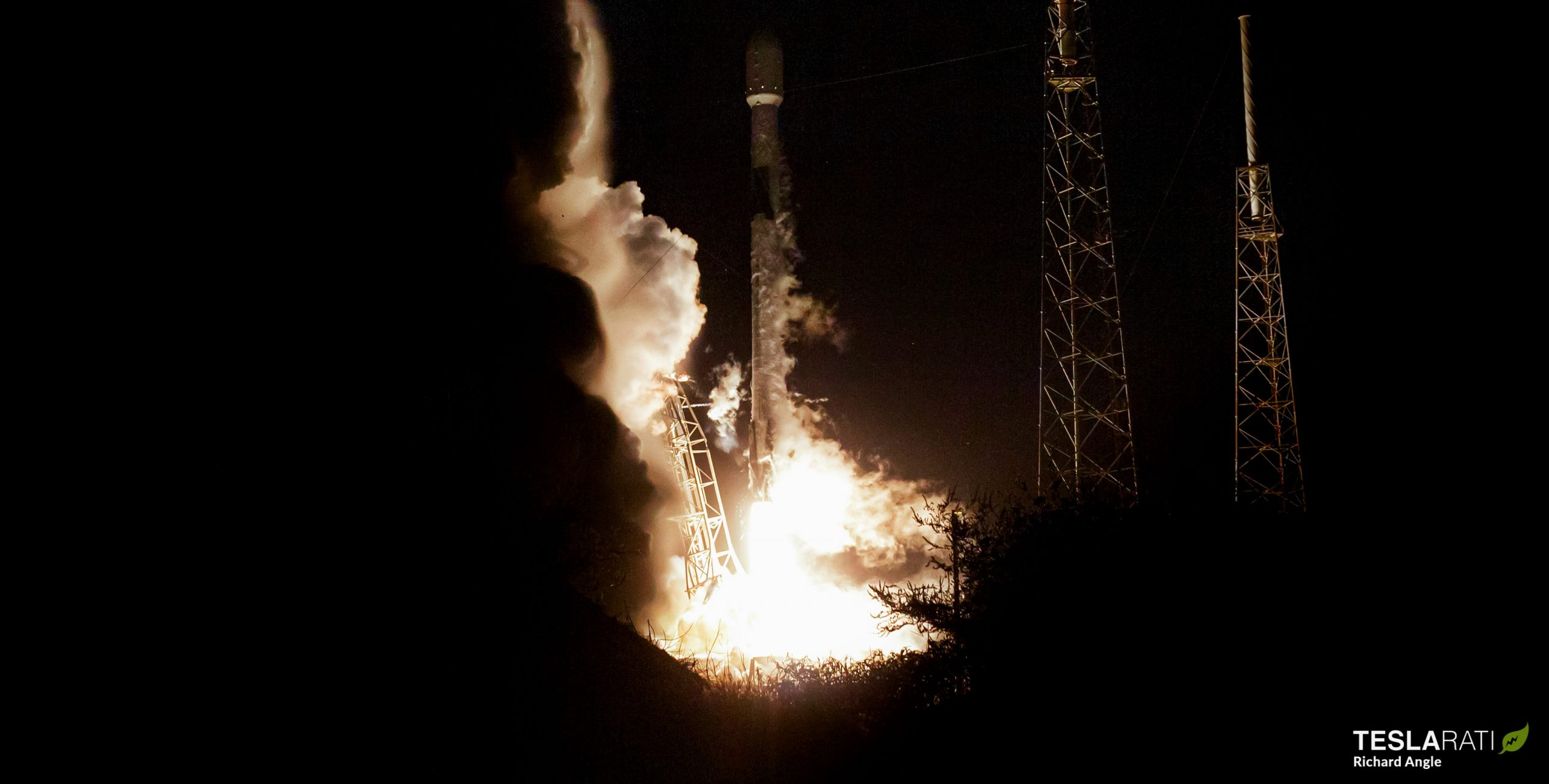 Starlink-8 Falcon 9 B1049 LC-40 060320 (Richard Angle) launch 2 crop