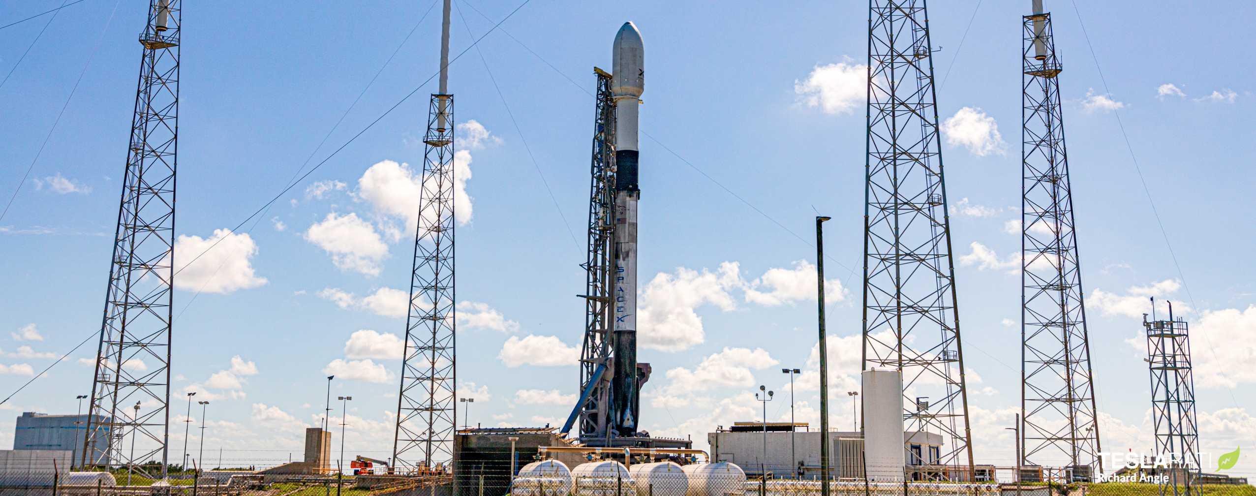 Starlink V1 L8 Falcon 9 B1059 LC40 061220 (Richard Angle) prelaunch 1 (c)