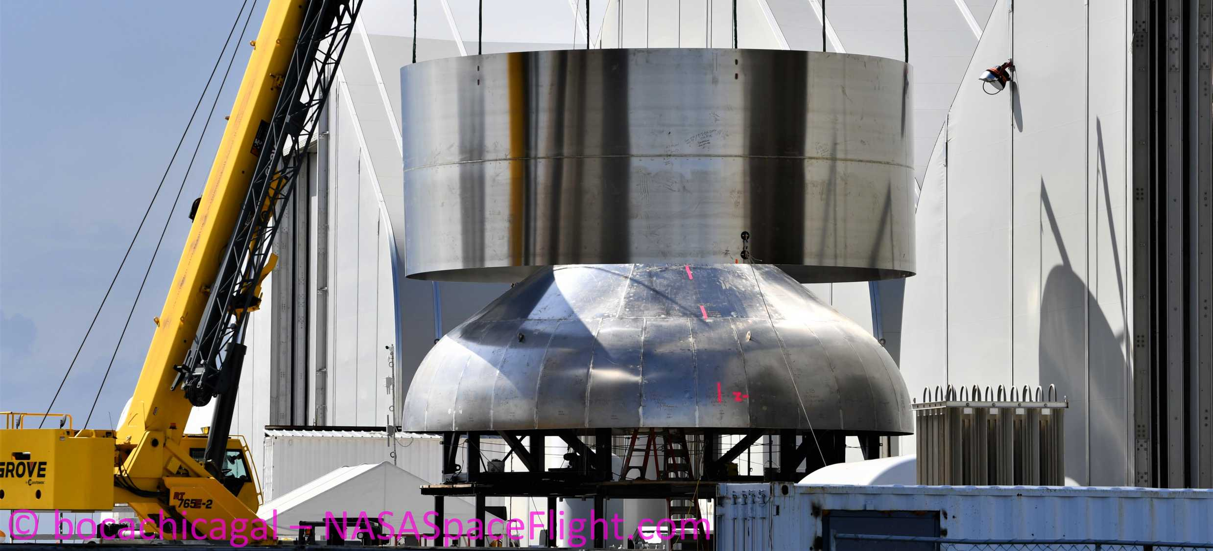 Starship Boca Chica 060120 (NASASpaceflight – bocachicagal) new upper dome sleeve STX198 STX201 3 crop (c)
