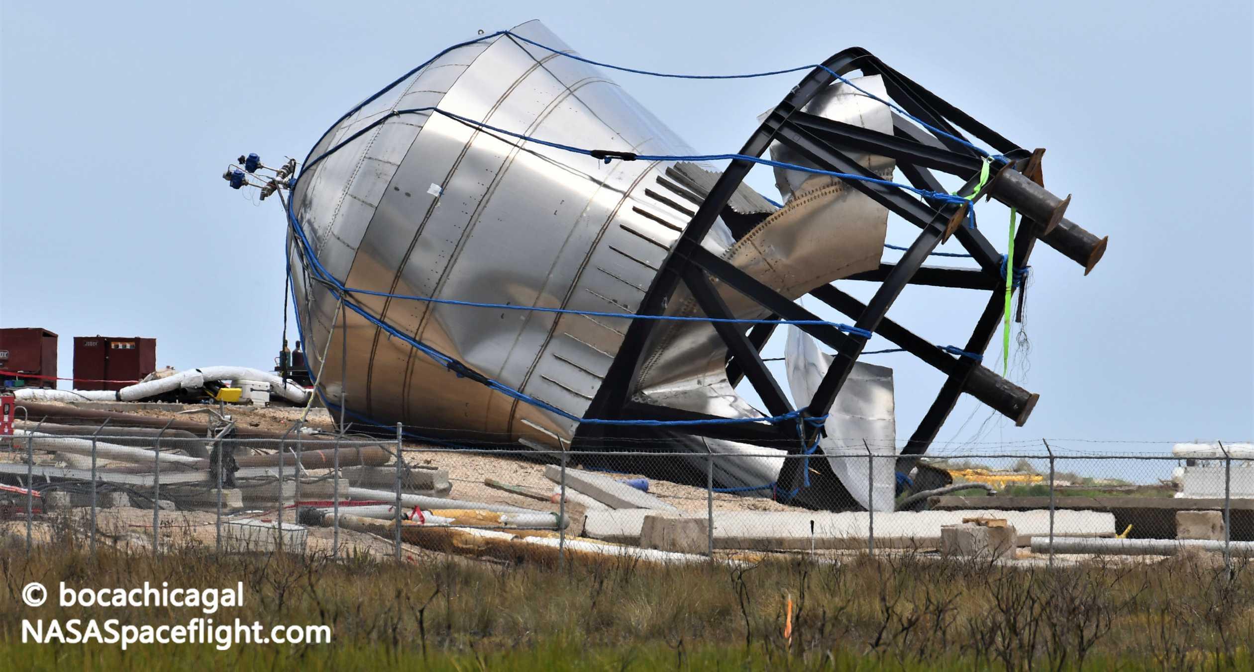 Starship Boca Chica 062320 (NASASpaceflight – bocachicagal) SN7 test tank remains 1 crop (c)