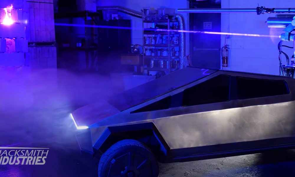 Tesla Cybertruck 1:2 scale with Laser Cannon