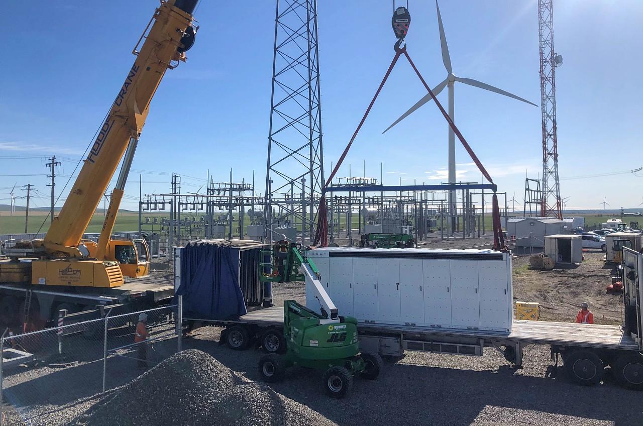 tesla-megapack-transalta-windfarm-alberta