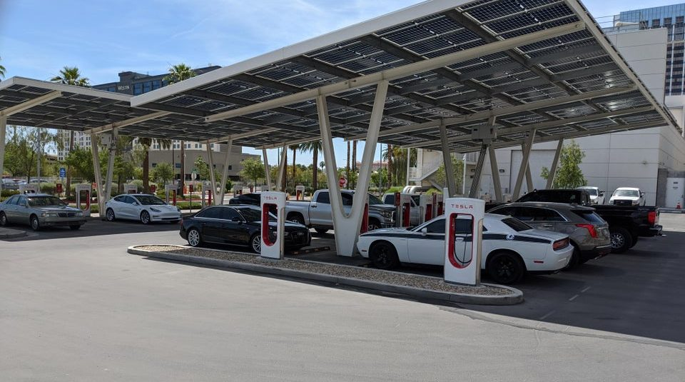 Tesla Supercharger station becomes an ICE parking lot