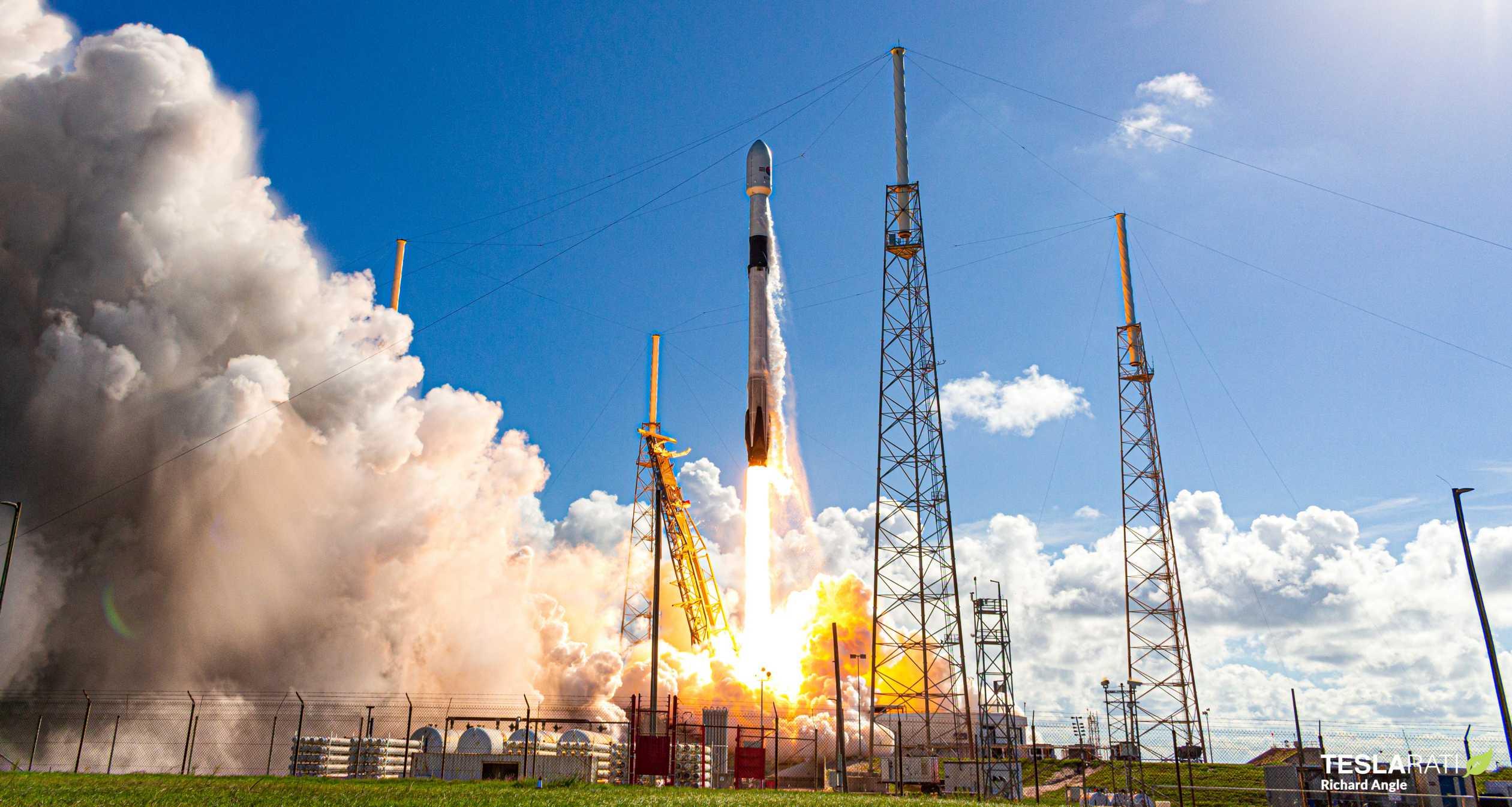 ANASIS II Falcon 9 B1058 072020 (Richard Angle) launch 3 crop (c)