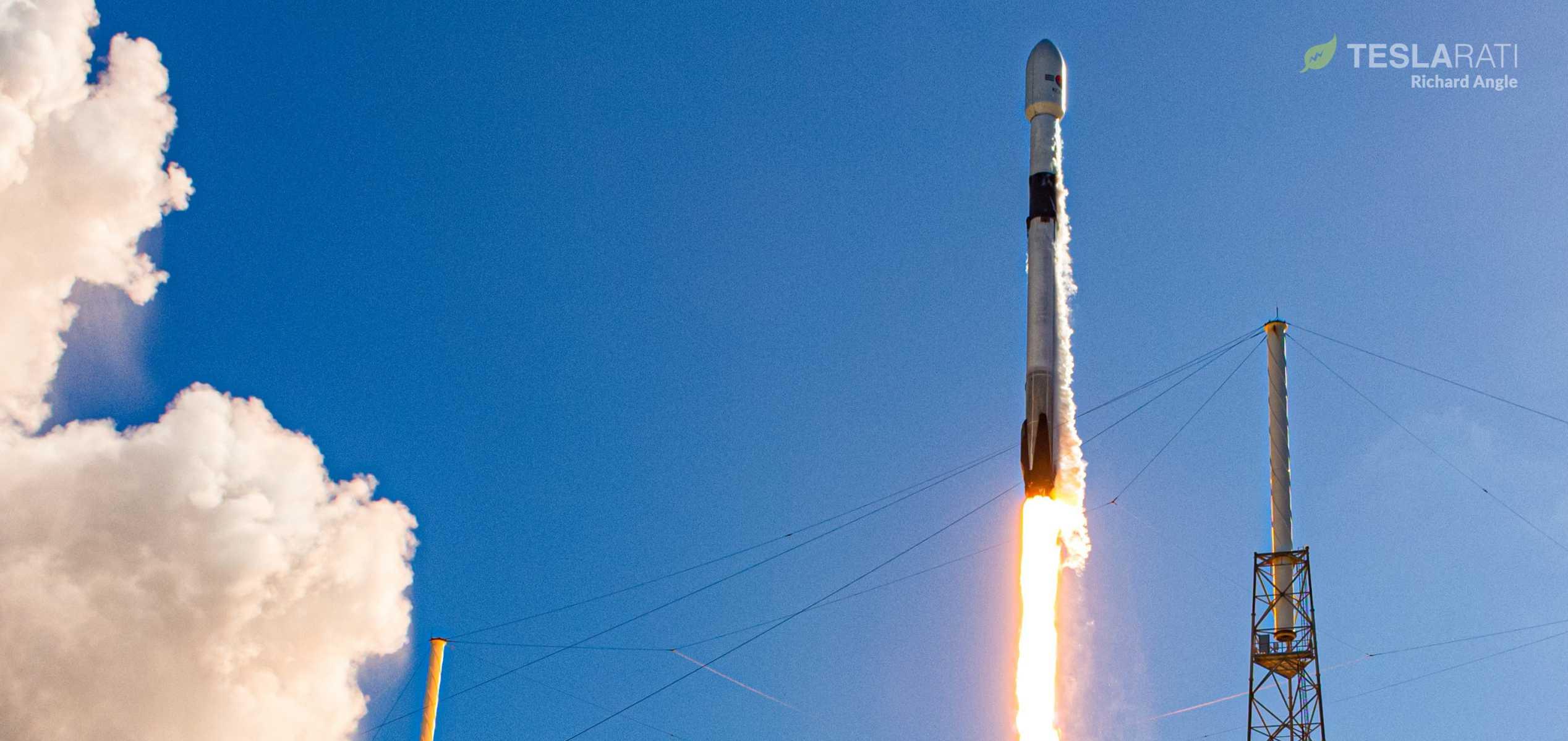 ANASIS II Falcon 9 B1058 072020 (Richard Angle) launch 4 crop 3 (c)
