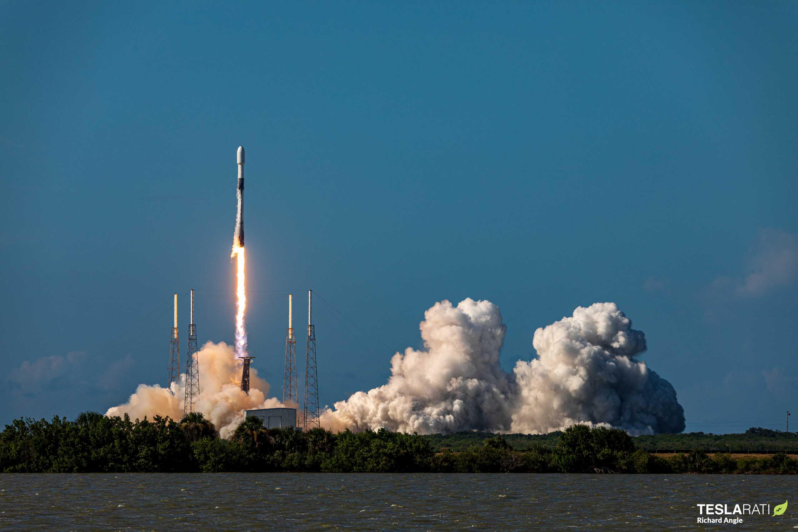 ANASIS II Falcon 9 B1058 (Richard Angle) (7) (c)