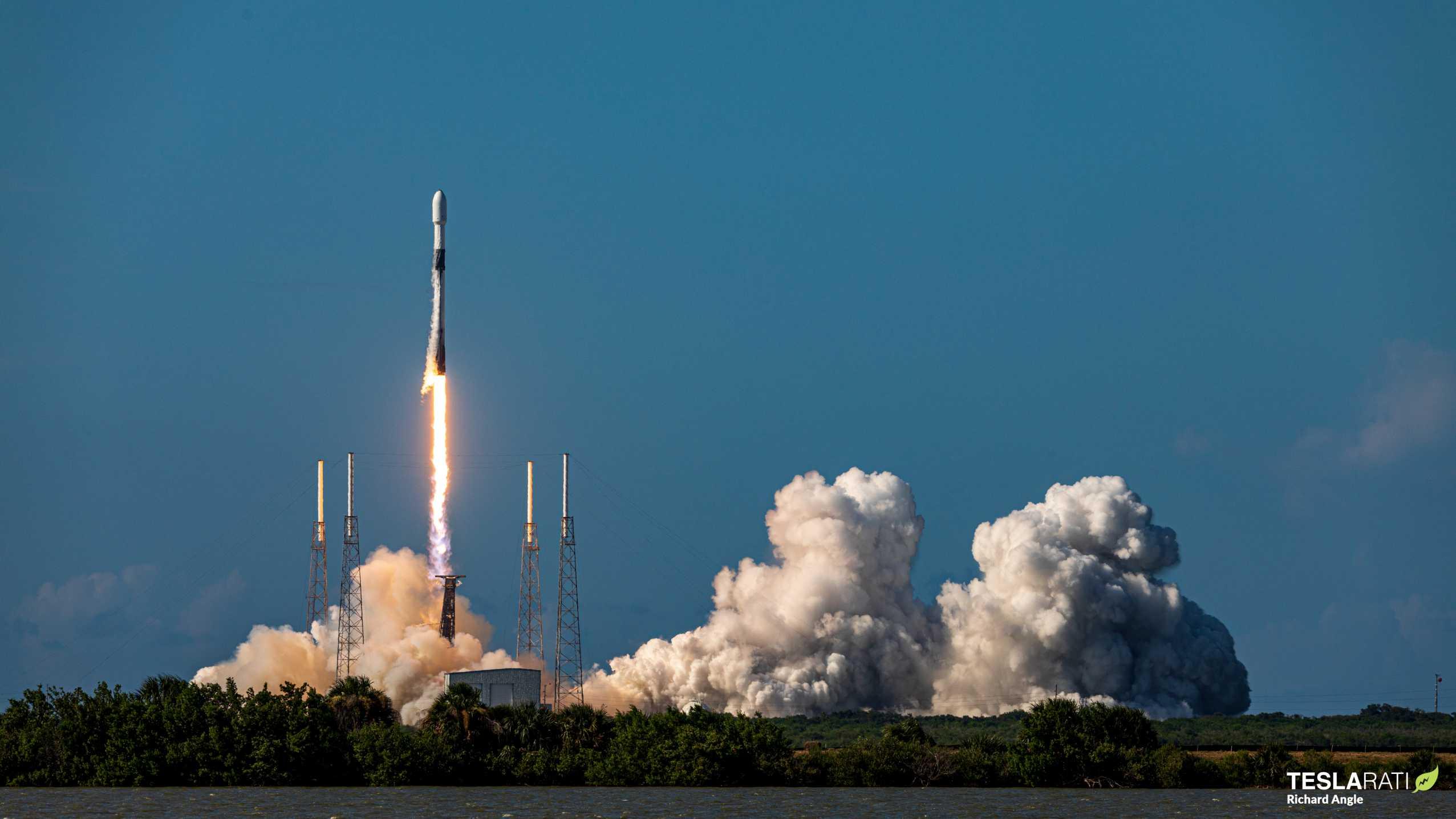 ANASIS II Falcon 9 B1058 (Richard Angle) (8) (c)