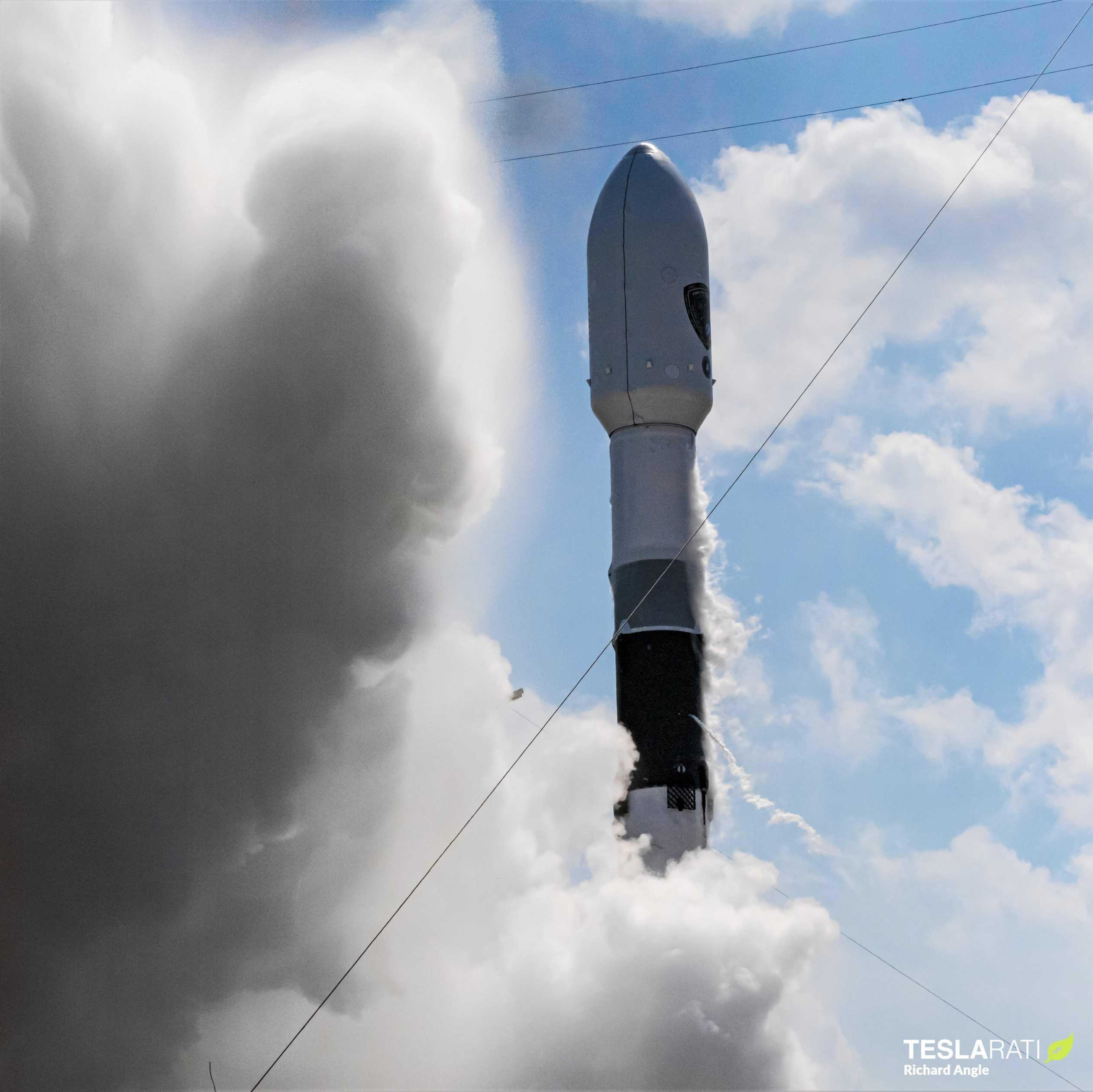 GPS III SV03 Falcon 9 B1060 063020 (Richard Angle) launch 8 crop (c)