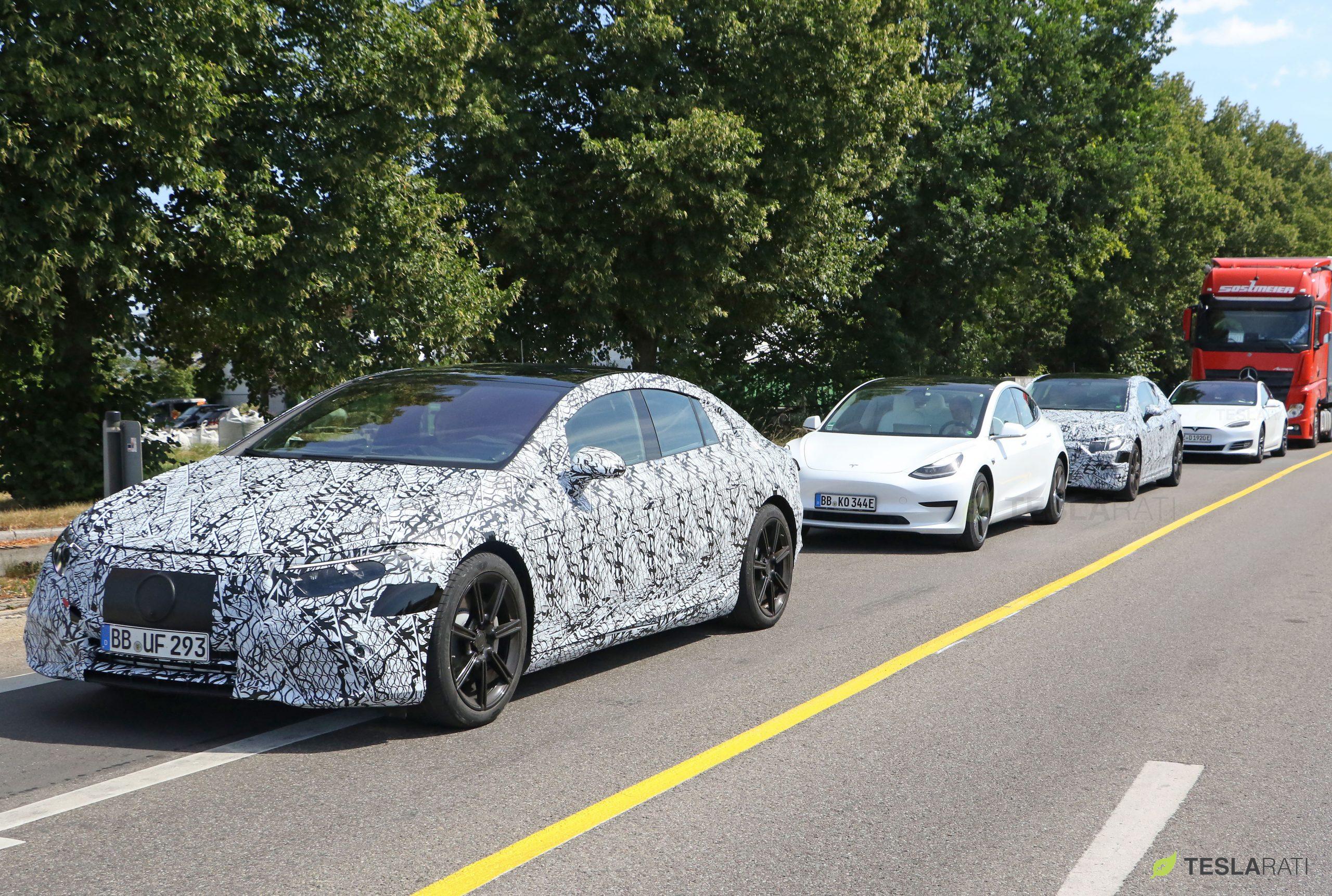 Mercedes-EQS-vs-Tesla-Model-S-Model-3