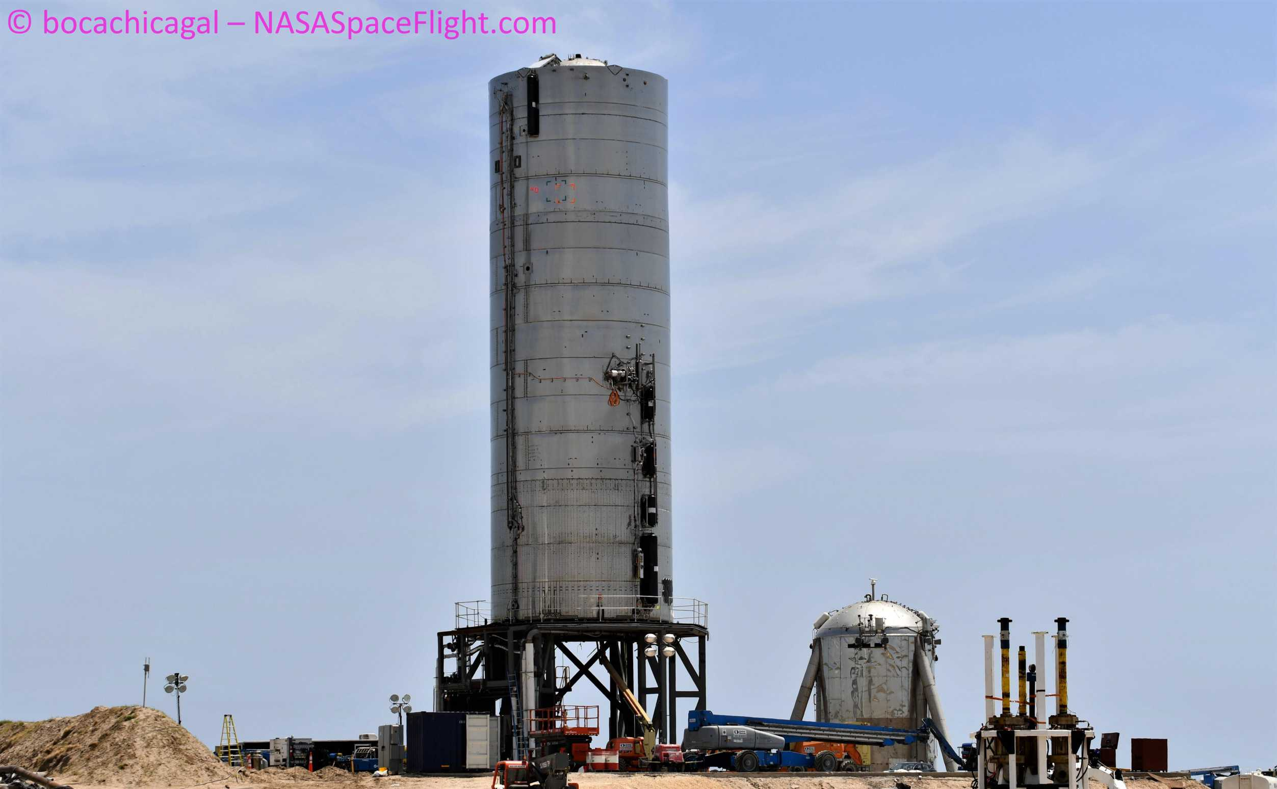 Starship Boca Chica 070320 (NASASpaceflight – bocachicagal) SN5 pad work 5 crop (c)