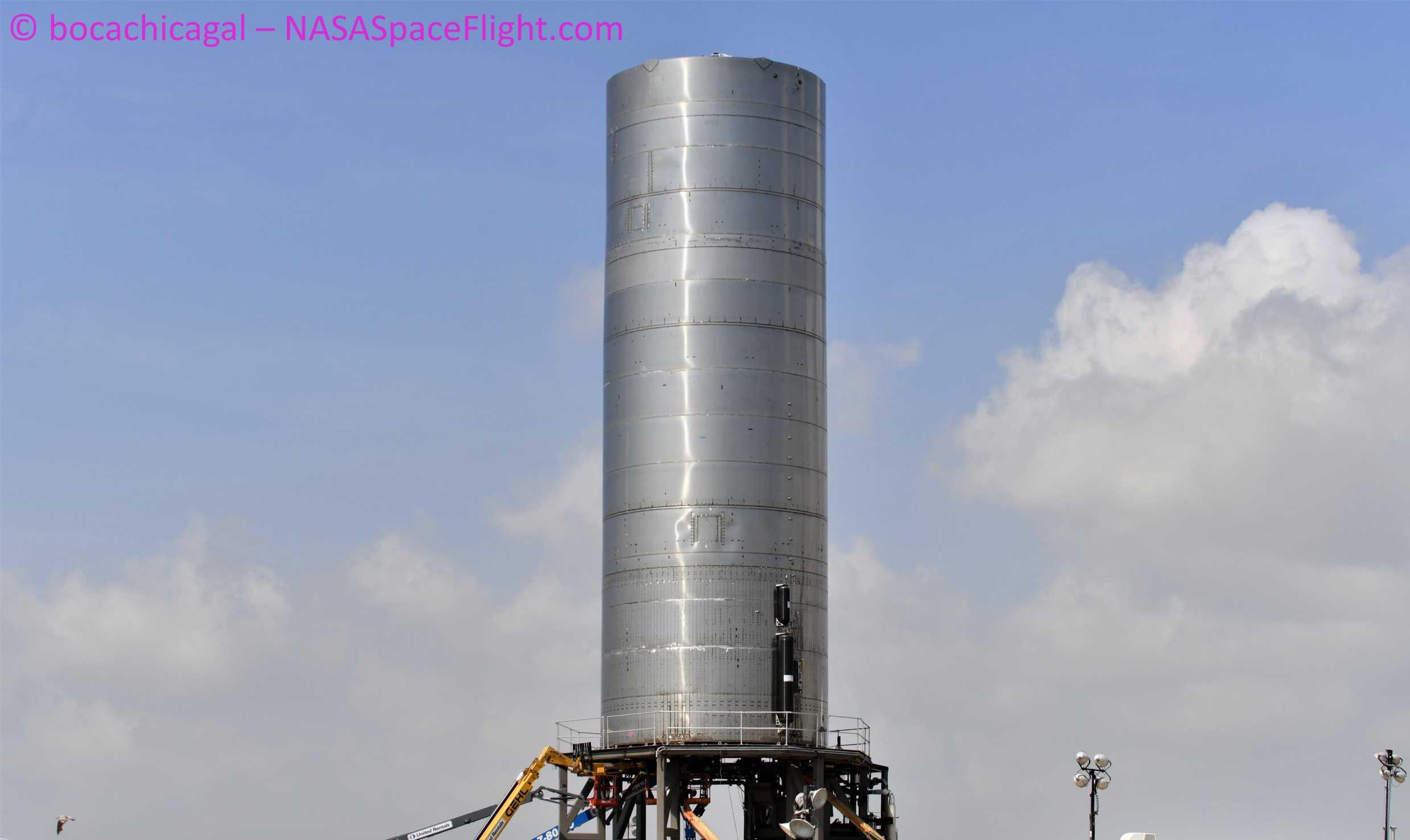 Starship Boca Chica 070620 (NASASpaceflight – bocachicagal) SN5 pad work 5 crop (c)