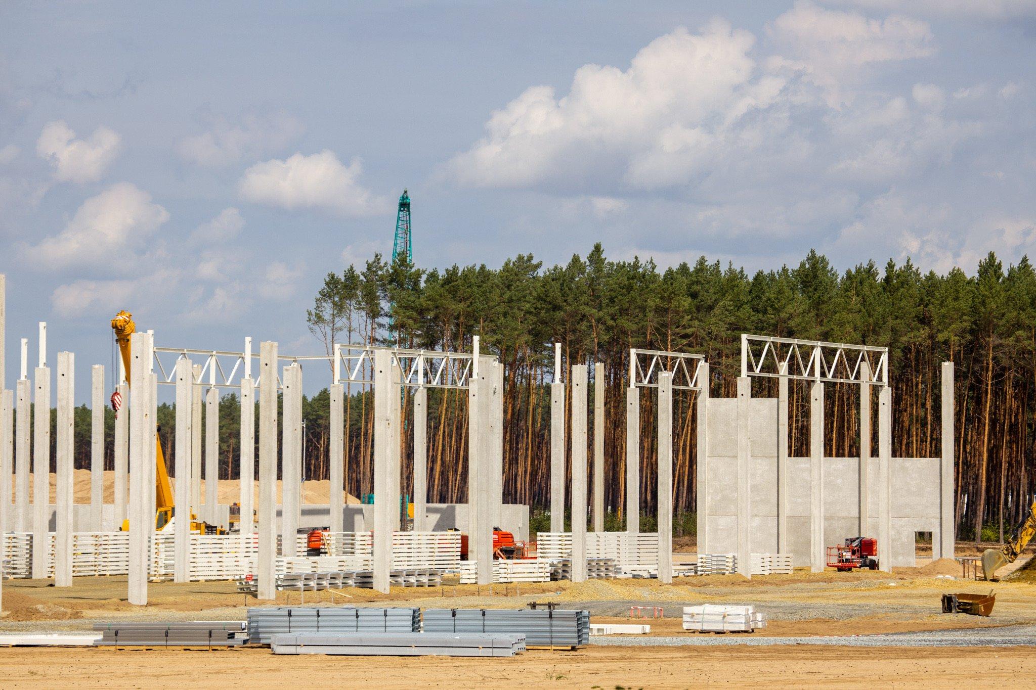 tesla-giga-berlin-prefabricated-building