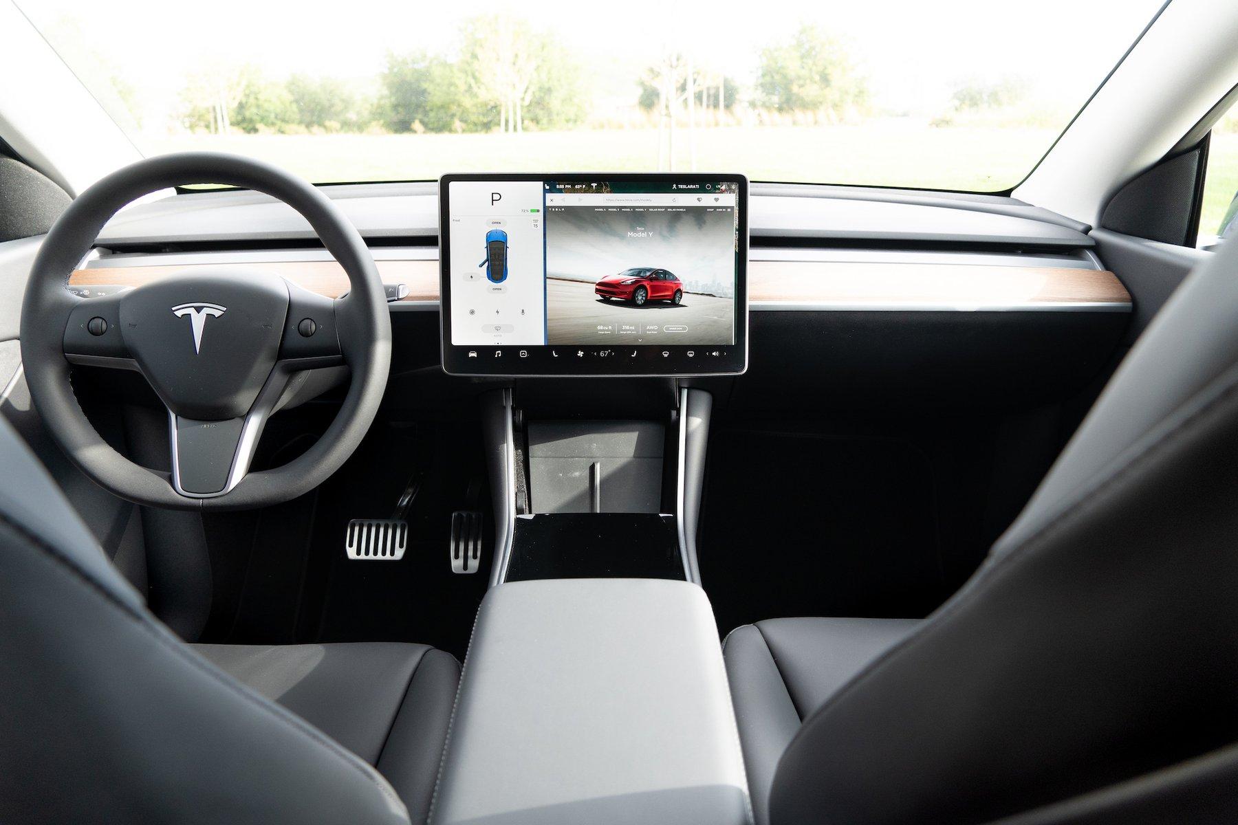 Tesla Model Y interior (Photo: Teslarati)