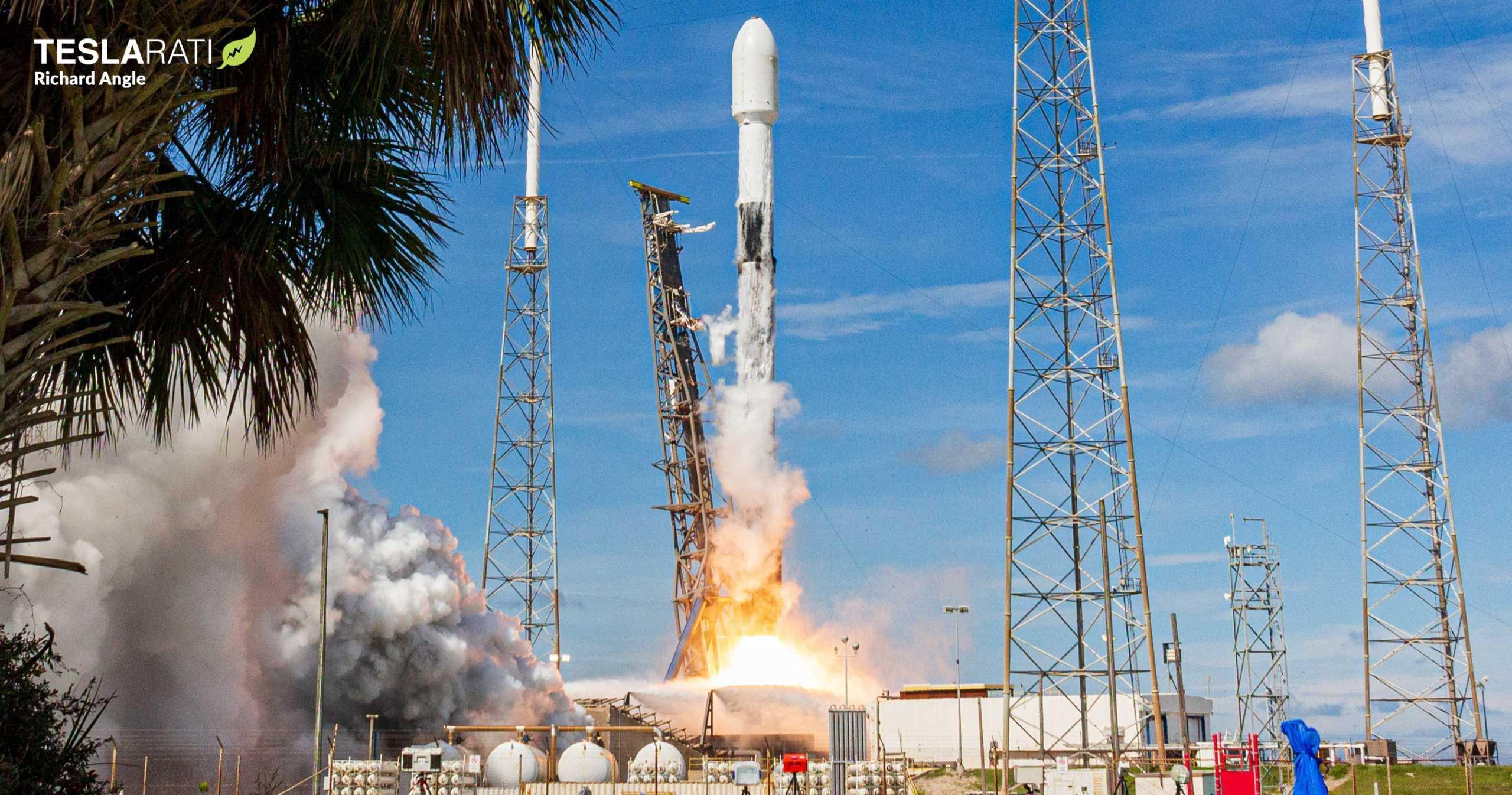 Starlink-10 SkySat Falcon 9 B1049 081820 (Richard Angle) launch 6 crop (c)