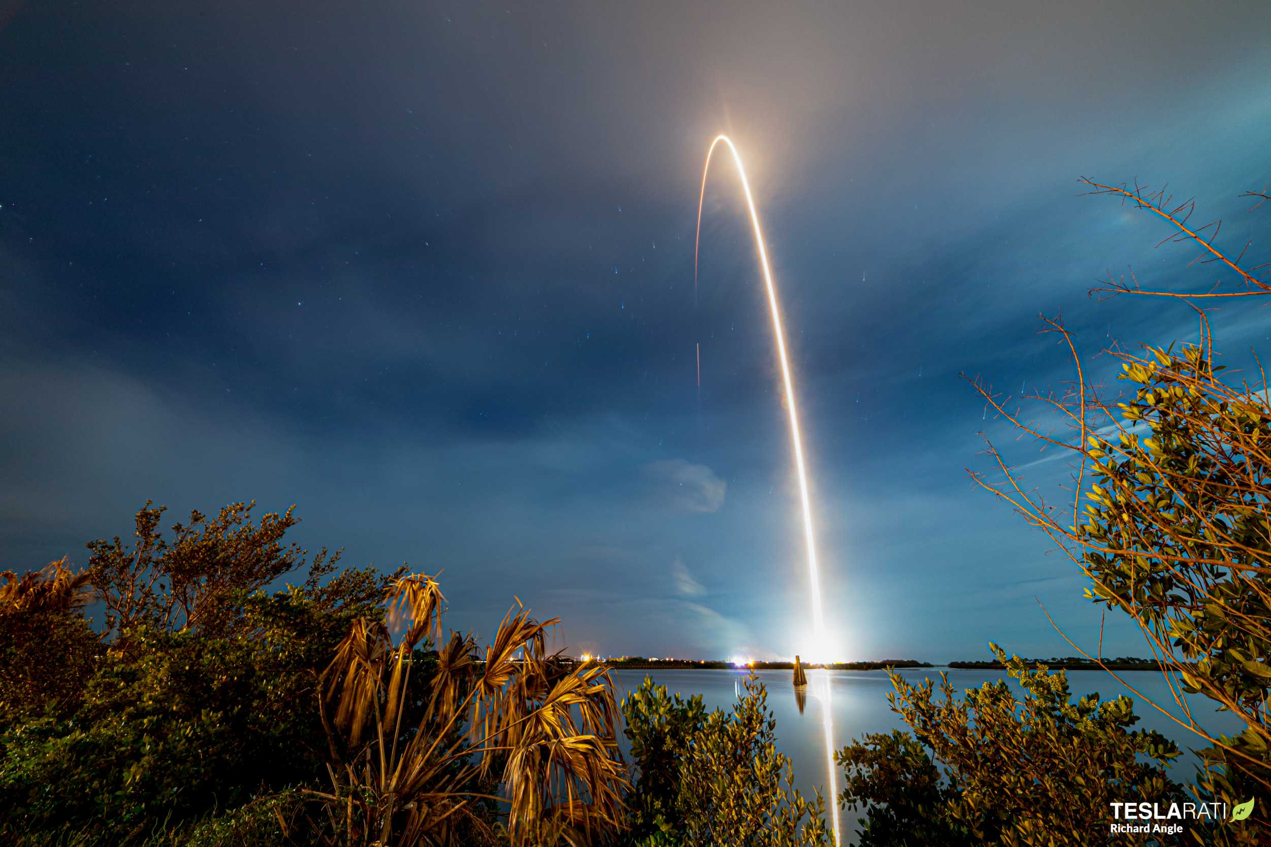 Starlink-9 BlackSky Falcon 9 B1051 080720 (Richard Angle) streak 1 (c)