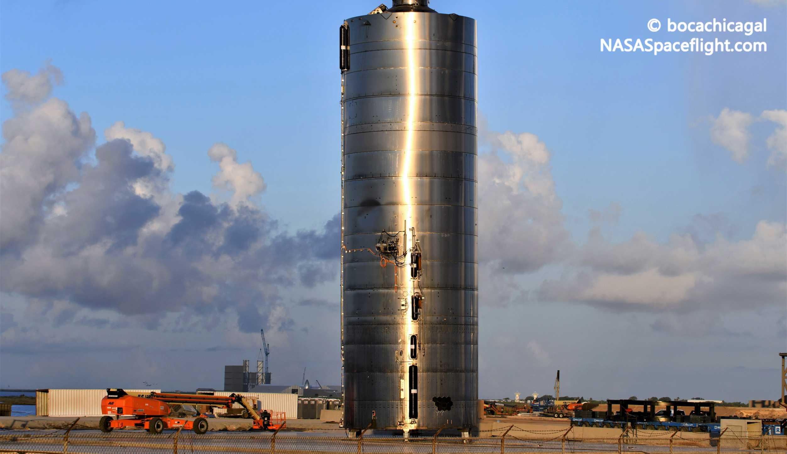 Starship Boca Chica 080720 (NASASpaceflight – bocachicagal) SN5 post hop 2 crop (c)