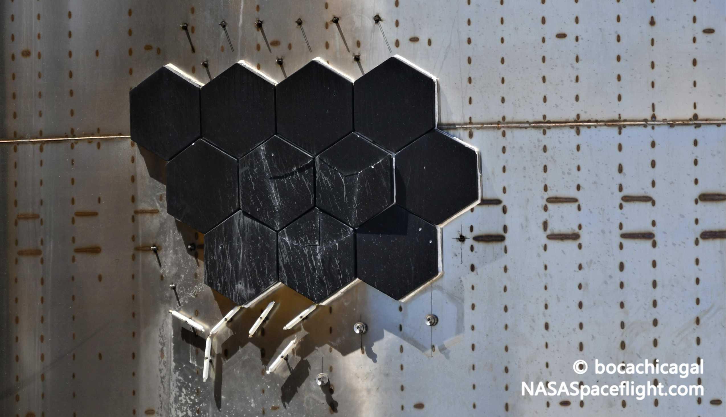 Starship Boca Chica 080720 (NASASpaceflight – bocachicagal) SN5 tile damage 1 crop (c)