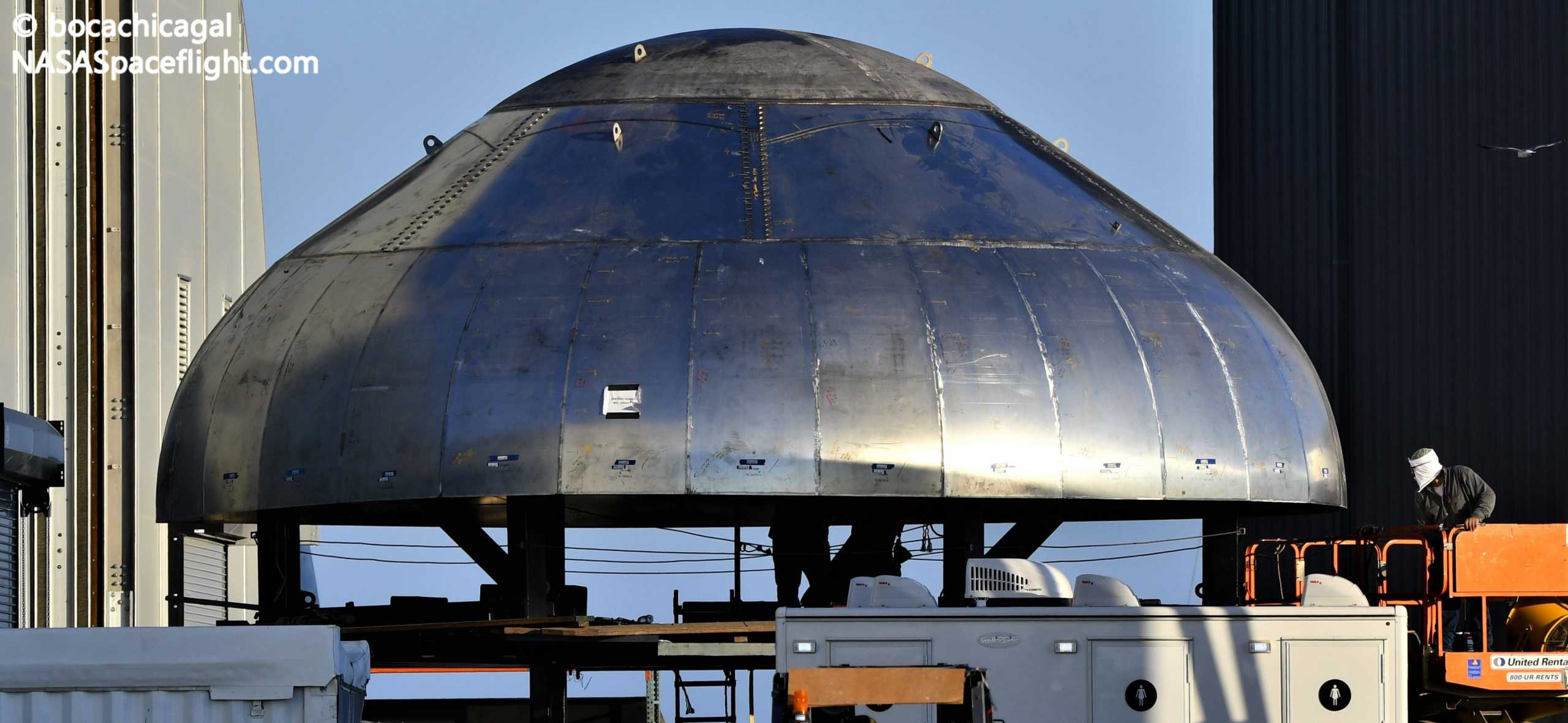 Starship Boca Chica 082020 (NASASpaceflight – bocachicagal) SN9 forward dome 2 crop (c)
