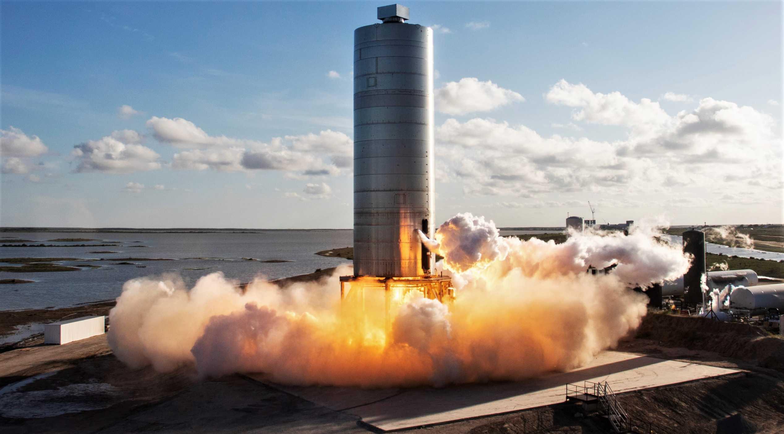 Starship SN5 hop debut 080420 (SpaceX) 1 crop (c)