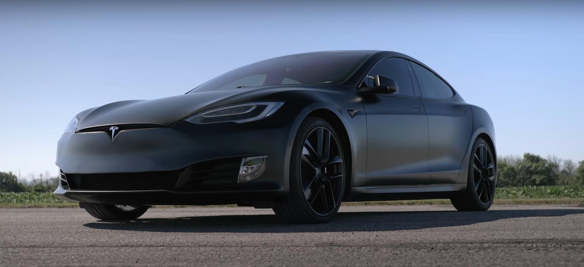 Throttle-House-Tesla-Model-S-3-X-Y-drag-race_4