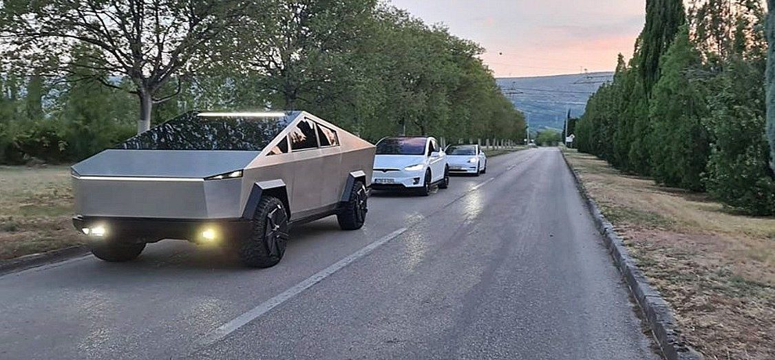 tesla-cybertruck-clone-best-yet