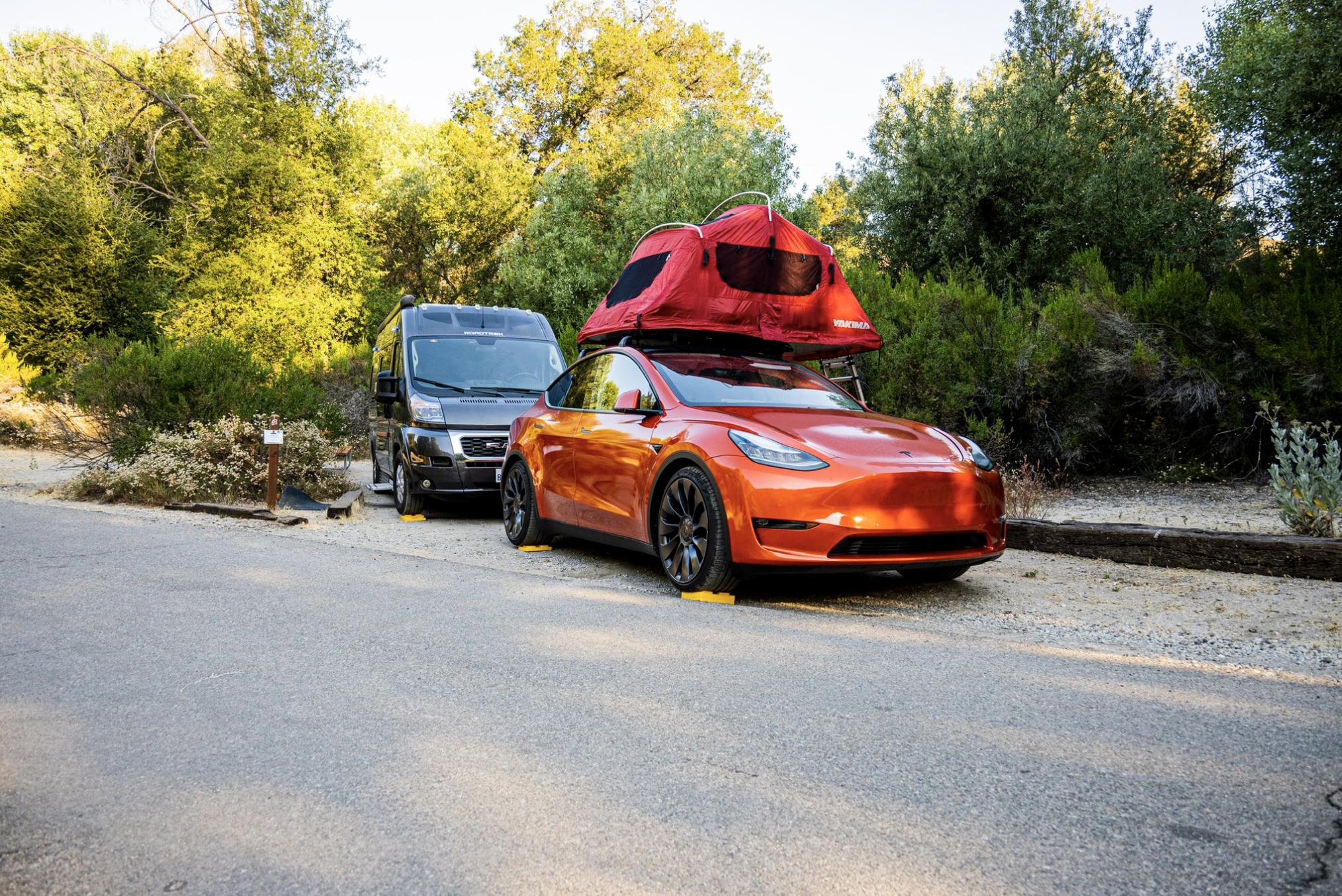 tesla-model-y-camping-front