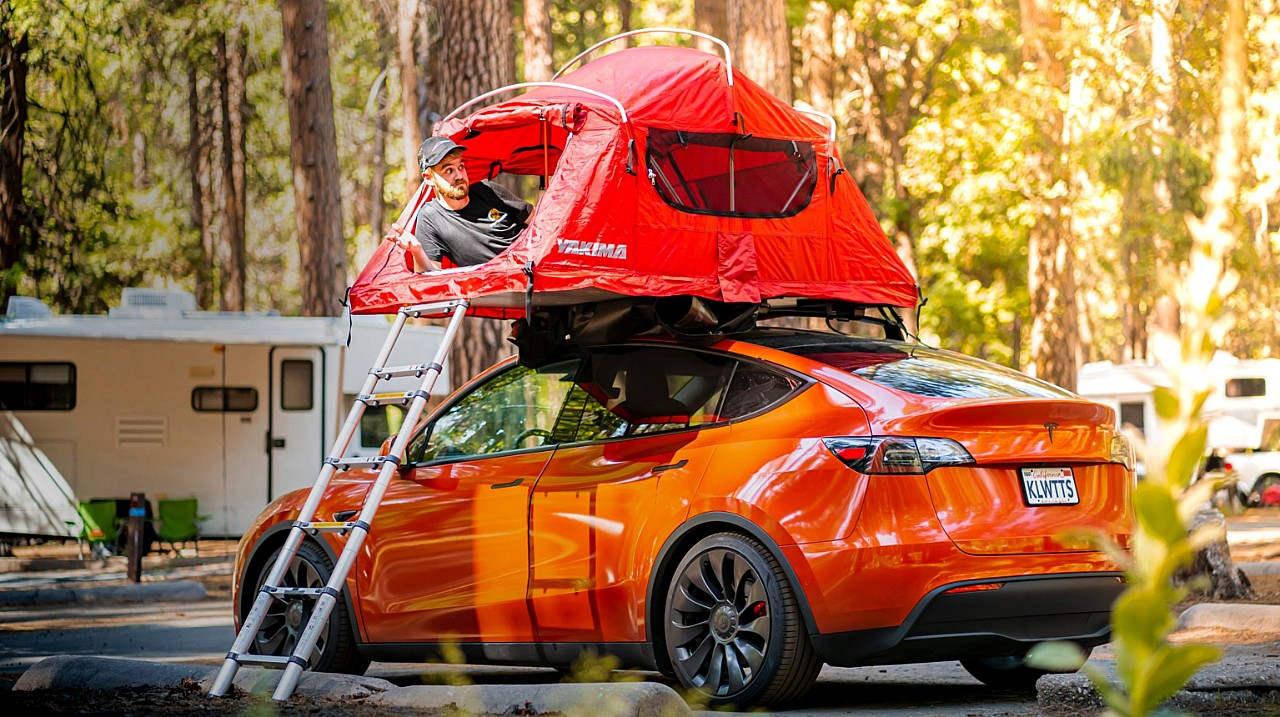 tesla-model-y-camping-tent-kilowatts