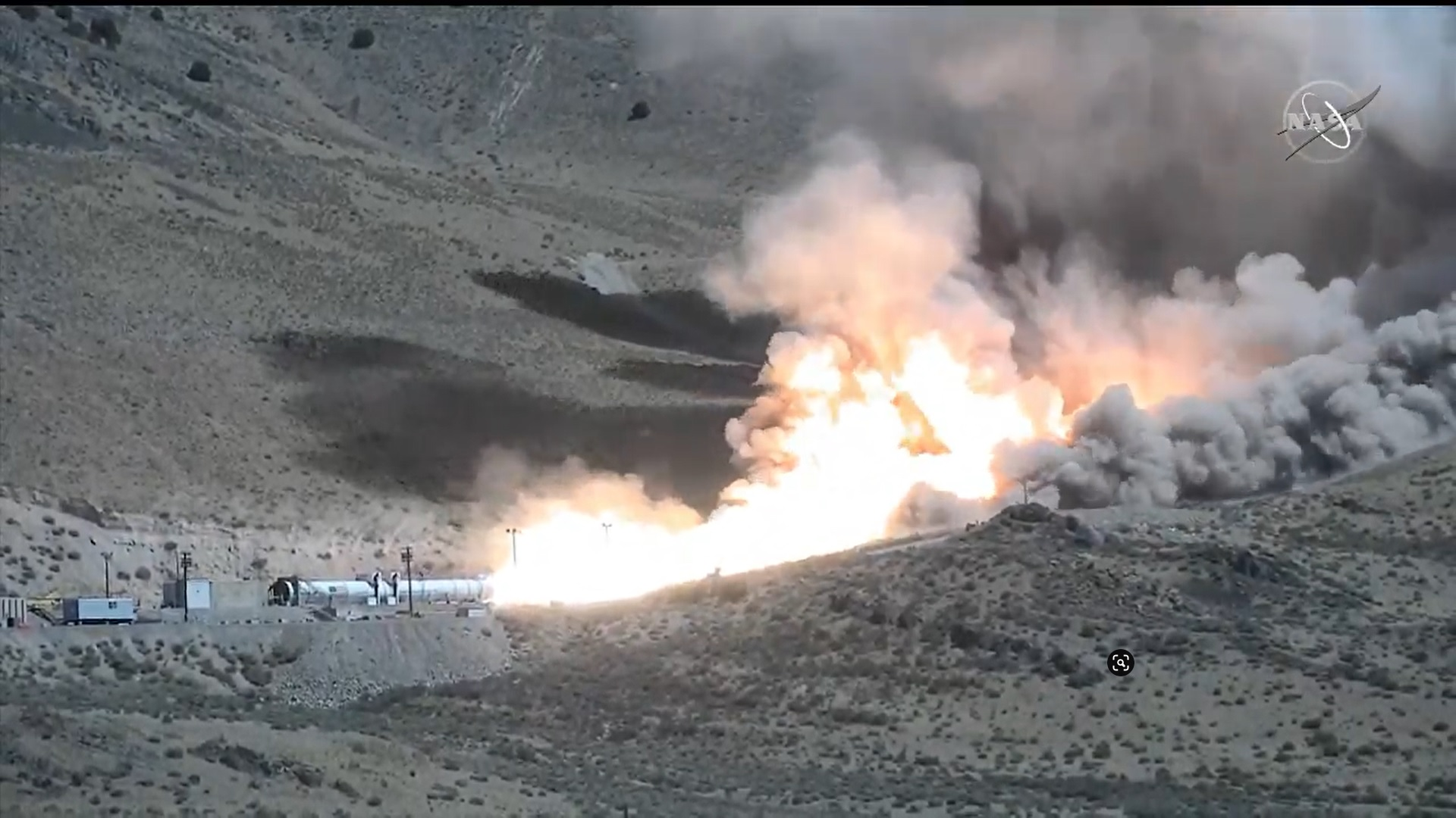NASA-Artemis-booster-test_1