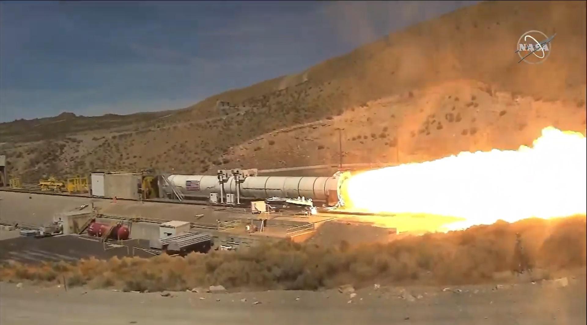 NASA-Artemis-booster-test_2