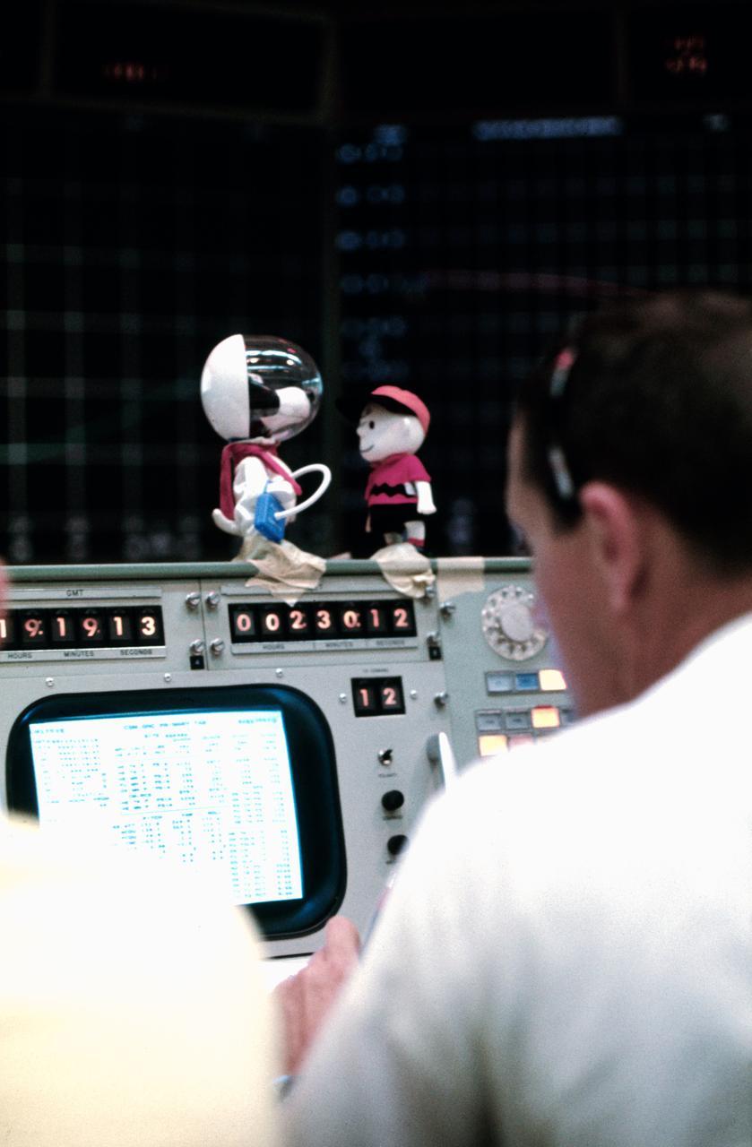 NASA Snoopy Charlie Brown Apollo 10